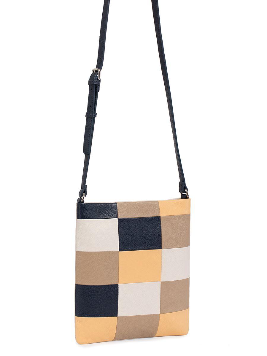 Сумка женская Pimo Betti, цвет: серо-бежевый, темно-бежевый, темно-синий. 13869B1-W213869B1-W2Модная женская сумка Pimo Betti выполнена из натуральной кожи. Изделие имеет одно отделение, которое закрывается застежку-молнию. Внутри сумки находятся прорезной карман на застежке-молнии и накладной открытый карман. Снаружи, на задней стенке расположен прорезной карман на застежке-молнии. Сумка оснащена регулируемым наплечным ремнем.