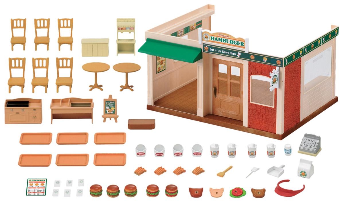 Sylvanian Families Игровой набор Ресторан Гамбургер2807Игровой набор Ресторан: Гамбургер привлечет внимание вашего ребенка и станет отличным подарком для поклонников жителей чудесной страны Sylvanian Families. С помощью элементов набора ваш ребенок сможет создать для своих любимых героев Sylvanian Families ресторан, который станет отличным местом для семейного отдыха и общения с друзьями. Набор включает здание, мебель (столы, стулья, шкаф), подносы, кассу, муляжи для создания гамбургеров, приборы и другие дополнительные элементы. Совмещается с наборами Трехэтажный дом и Дом Марии. Sylvanian Families - это целый мир маленьких жителей, объединенных общей легендой. Жители страны Sylvanian Families - это кролики, белки, медведи, лисы и многие другие. У каждого из них есть дом, в котором есть все необходимое для счастливой жизни. В городе, где живут герои, есть школа, больница, рынок, пекарня, детский сад и множество других полезных объектов. Жители этой страны живут семьями, в каждой из которой есть дети. В...