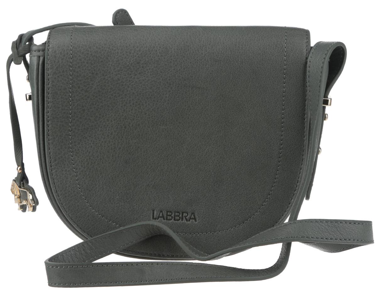 Сумка женская Labbra, цвет: темно-зеленый. L-FB303L-FB303Стильная женская сумка Labbra выполнена из натуральной кожи с зернистой фактурой, оформлена символикой бренда и декоративной подвеской. Изделие содержит одно вместительное отделение, закрывающееся на застежку-молнию и дополнительно клапаном на магнитную кнопку. Внутри сумки расположены накладной кармашек для мелочей и врезной карман на застежке-молнии. Задняя сторона сумки дополнена врезным карманом на молнии. Изделие оснащено практичным плечевым ремнем регулируемой длины. Оригинальный аксессуар позволит вам завершить образ и быть неотразимой.
