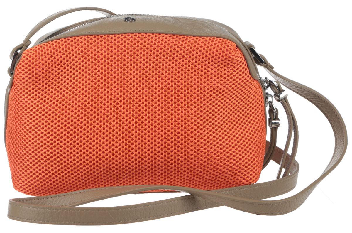 Сумка женская Pimo Betti, цвет: оранжевый, серо-коричневый. 14759B-W114759B-W1Яркая женская сумка Pimo Betti выполнена из текстиля и натуральной кожи с зернистой фактурой, оформлена металлической фурнитурой с символикой бренда. Изделие содержит одно вместительное отделение, закрывающееся на застежку-молнию. Внутри сумки расположены два накладных кармашка для мелочей и врезной карман на застежке-молнии. Снаружи, на задней стороне сумки, расположен врезной кармашек на застежке-молнии. Изделие оснащено удобным плечевым ремнем регулируемой длины. Оригинальный аксессуар позволит вам завершить образ и быть неотразимой.