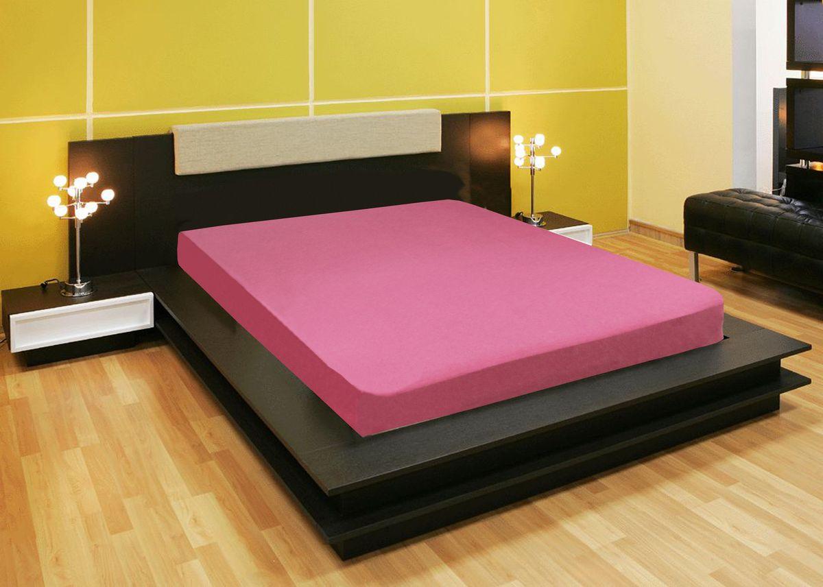 Простыня Amore Mio, цвет: розовый, 180 x 200 см78132Компания Текстиль Репаблик , уже более 20-ти лет успешно работающая на Российском рынке текстильных товаров для дома, предлагает трикотажные простыни на резинке Amore Mio . Продукты торговой марки Amore Mio зарекомендовали себя исключительно с самой лучшей стороны: сочетающие в себе высокое качество, экологичность, отличные потребительские свойства со сдержанным уровнем цен. Трикотажная простыня на резинке - это уникальный товар, великолепная находка для дома, поскольку сочетает в себе универсальность и удобство. Она легко и ровно фиксируется на поверхности спального места, без замятых или скомканных областей и не съезжает во время сна. Помимо классической функции простыни она исполняет роль защитного чехла для вашего матраца . Трикотажные простыни на резинке Amore Mio произведены из качественной 100% хлопковой кулирки. Они обладают высокими тактильными характеристиками, замечательно отводят излишнюю влагу, хорошо пропускают воздух, не нуждаются в глажке, не...