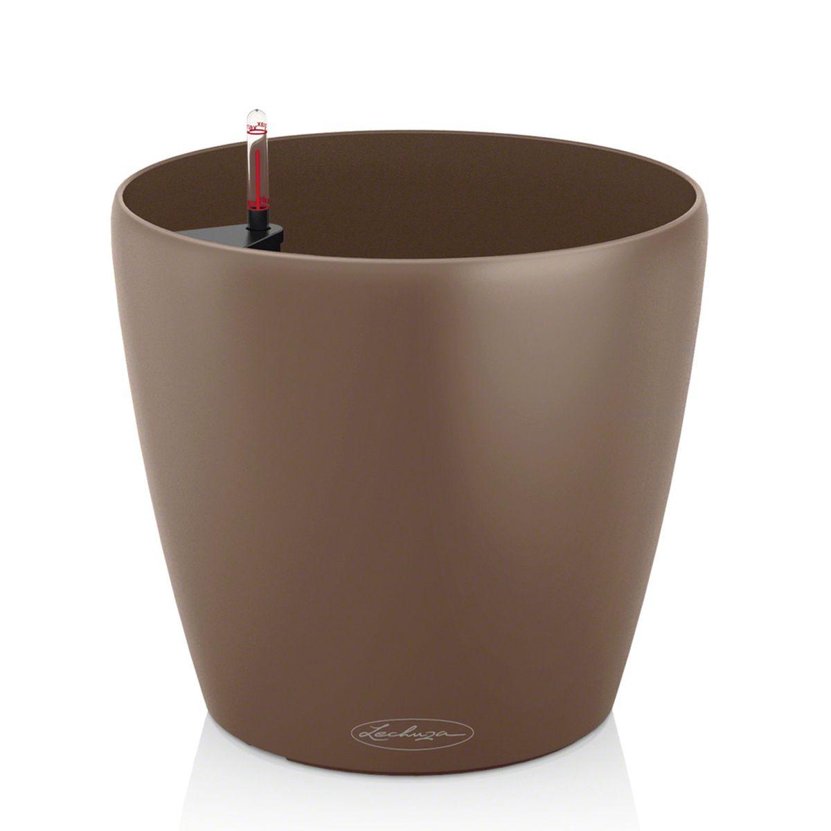 Кашпо Lechuza Color Classico, с системой автополива, цвет: мускатный орех, диаметр 35 см13223Кашпо Lechuza Color Classico, изготовленное из высококачественного пластика, идеальное решение для тех, кто регулярно забывает поливать комнатные растения. Стильный дизайн позволит украсить растениями офис, кафе или любое другое помещение. Кашпо Lechuza Color Classico с системой автополива упростит уход за вашими цветами и поможет растениям получать то количество влаги, которое им необходимо в данный момент времени. В набор входит: кашпо, индикатор уровня воды, субстрат растений в качестве дренажного слоя. Кашпо Lechuza Color Classico украсит любой интерьер и станет замечательным подарком для ваших родных и близких.