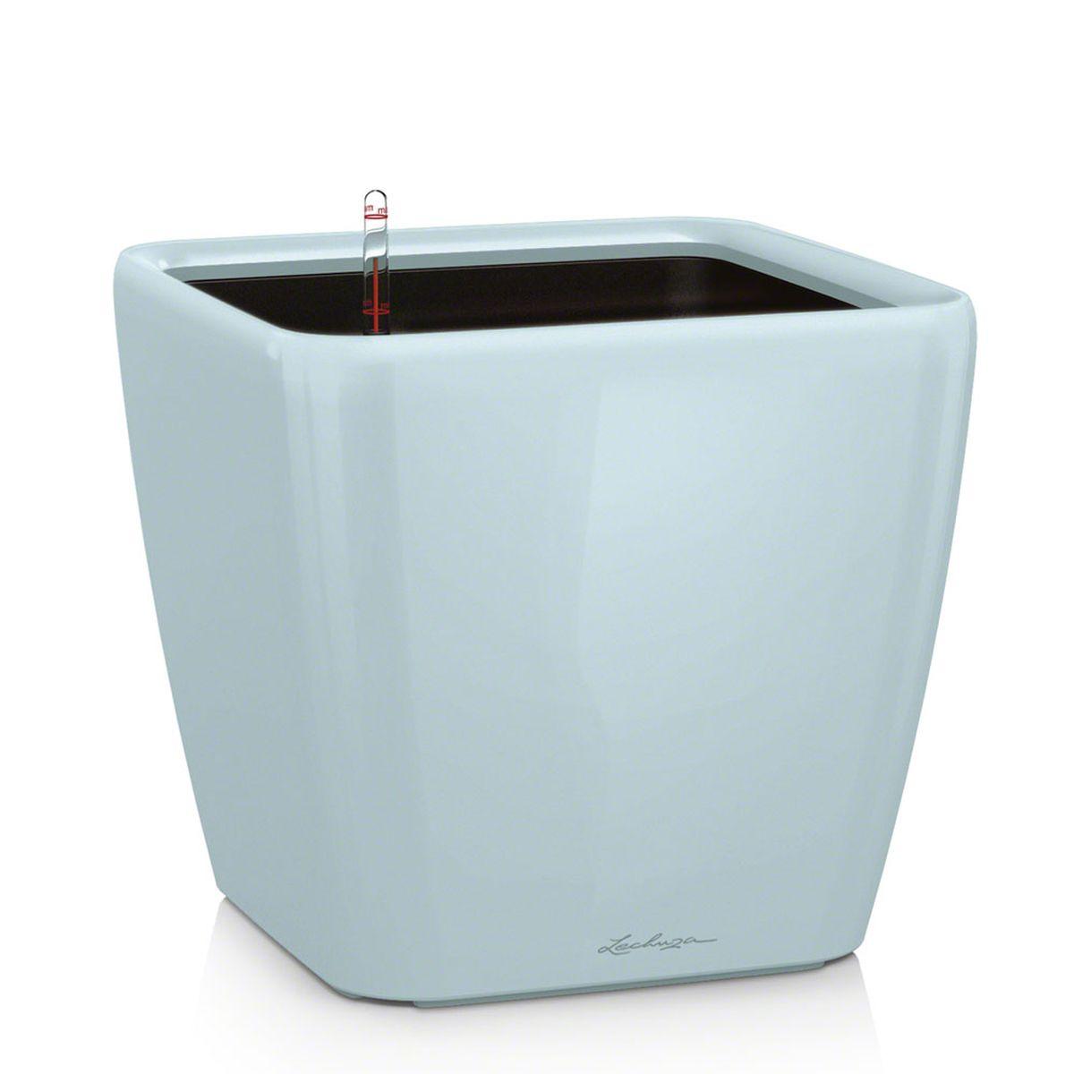 Кашпо Lechuza Quadro, с системой автополива, цвет: светло-голубой, 21 х 21 х 20 см16122Кашпо Lechuza Quadro, выполненное из высококачественного пластика, имеет уникальную систему автополива, благодаря которой корневая система растения непрерывно снабжается влагой из резервуара. Уровень воды в резервуаре контролируется с помощью специального индикатора. В зависимости от размера кашпо и растения воды хватает на 2-12 недель. Это способствует хорошему росту цветов и предотвращает переувлажнение. В набор входит: кашпо, внутренний горшок с выдвижной эргономичной ручкой, индикатор уровня воды, вал подачи воды, субстрат растений в качестве дренажного слоя, резервуар для воды. Кашпо Lechuza Quadro прекрасно впишется в любой интерьер. Оно поможет расставить нужные акценты, а также придаст помещению вид, соответствующий вашим представлениям.