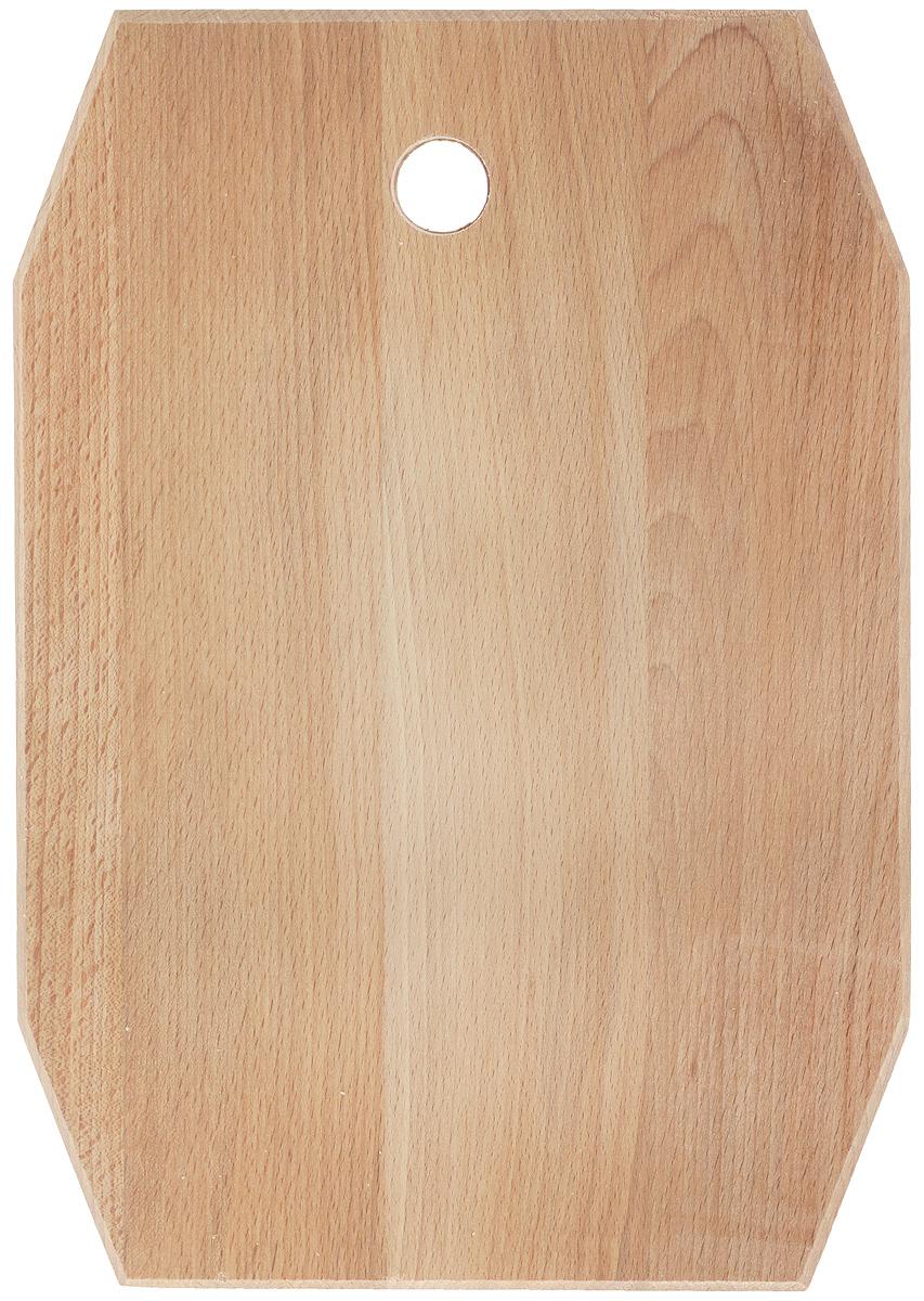 Доска разделочная Хозяюшка, 35 х 24,5 см. 07-107-1Разделочная доска Хозяюшка изготовлена из бука. Бук наряду с дубом и тиком относится к ценным твердолиственным породам элитной группы категории А, класса люкс. По структуре древесины бук считается менее рыхлым, чем дуб, и более гибким, чем тик, при этом не уступает по прочности этим двум породам, а по красоте даже превосходит их. Бук отличают, прежде всего, уникальная текстура и естественный белый с желтовато-красным оттенком, со временем переходящим в розовато-коричневый, цвет древесины. Бук прекрасно поддается шлифовке и полировке. Бук боится влаги, но, как в случае со всеми без исключения досками из древесины, вопрос влагостойкости решается пропиткой дерева специальным минеральным или льняным маслом. Масло защищает доску от коробления, рассыхания и растрескивания. Именно поэтому все доски Хозяюшка обработаны льняным маслом и упакованы в пленку. Разделочная доска имеет фигурную форму, оснащена отверстием для подвешивания на крючок. Нельзя мыть в...
