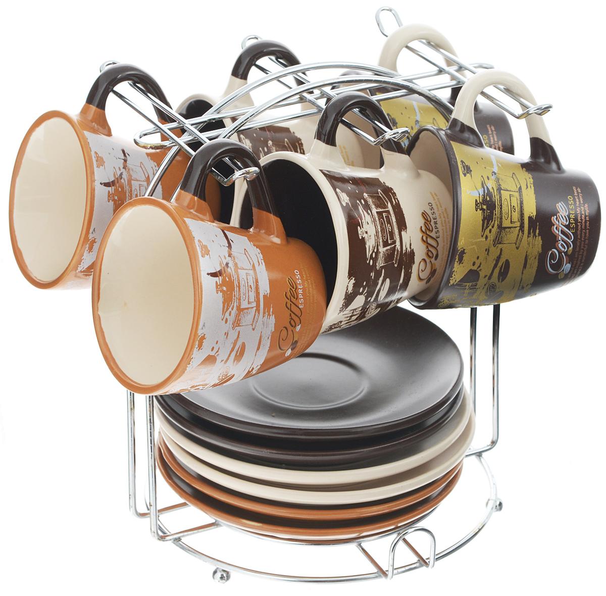 Набор кофейный Loraine, на подставке, 13 предметов24666Кофейный набор Loraine состоит из 6 чашек, 6 блюдец и подставки. Изделия выполнены из высококачественной керамики, имеют яркий дизайн и размещены на металлической подставке. Такой набор прекрасно подойдет как для повседневного использования, так и для праздников. Диаметр чашки (по верхнему краю): 6,5 см. Высота чашки: 6 см. Диаметр блюдца: 11,5 см. Высота блюдца: 1,7 см. Объем чашки: 90 мл. Размер подставки: 15,5 х 15 х 17 см.