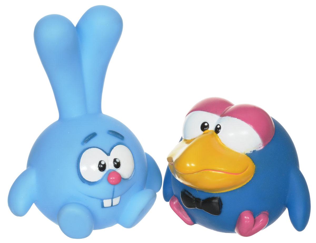 Смешарики Набор игрушек для ванной Крош и Каркарыч 2 шт1170130_крош,каркарычНабор игрушек для ванной Крош и Каркарыч понравится вашему ребенку и развлечет его во время купания. Игрушки выполнены из безопасного материала в виде героев знаменитого мультсериала Смешарики. Размер игрушек идеален для маленьких ручек малыша. Если сжать игрушку во время купания в ванне, она начинает забавно брызгаться водой. Игрушки способствуют развитию воображения, цветового восприятия, тактильных ощущений и мелкой моторики рук.