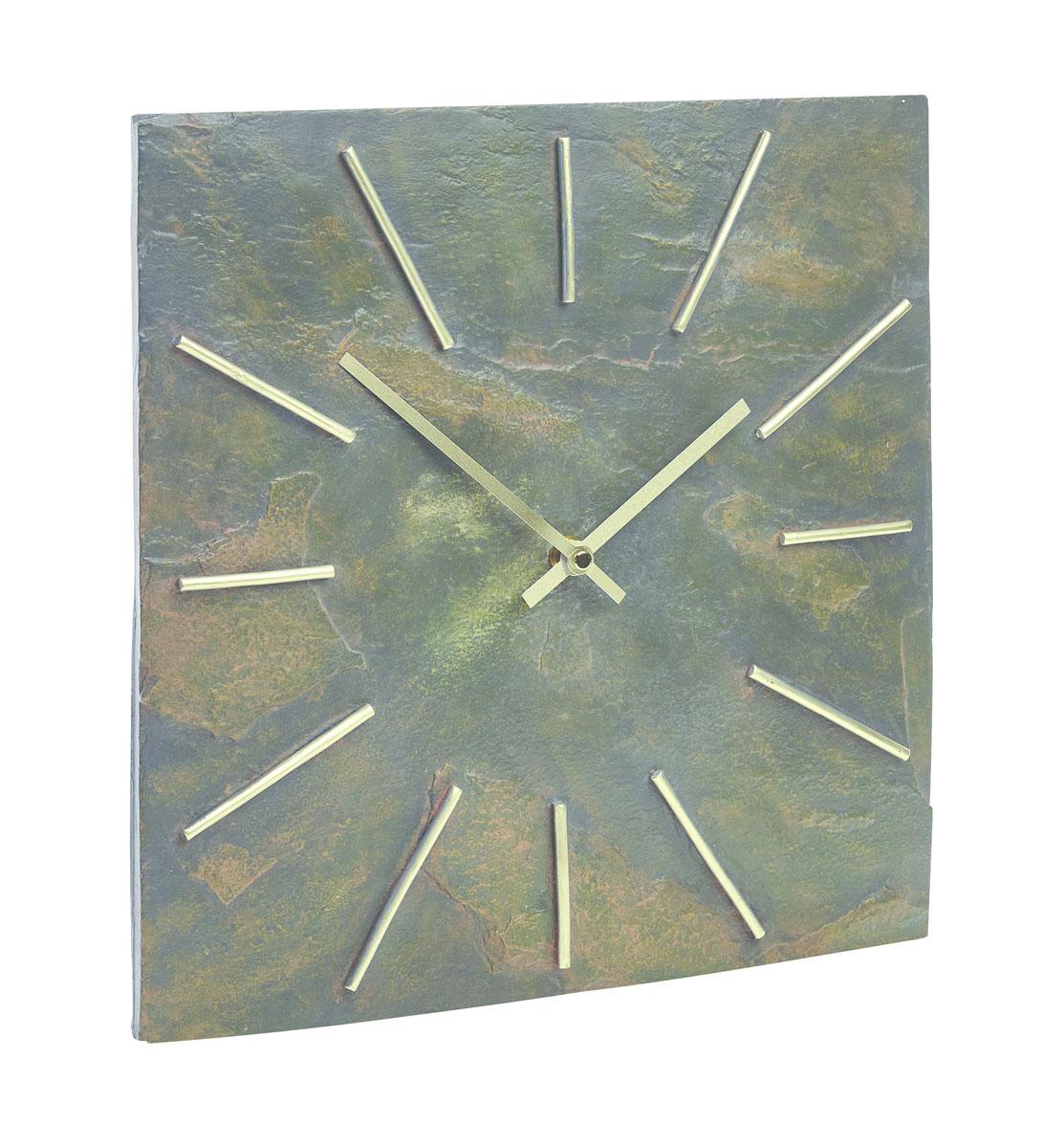Часы Gardman Arabian Dia17618Часы выполнены из полистоуна (искусственный камень). Работают от одной батарейки типа АА (в комплект не входит). Часы можно использовать как дома, так и на улице (не боятся влаги).