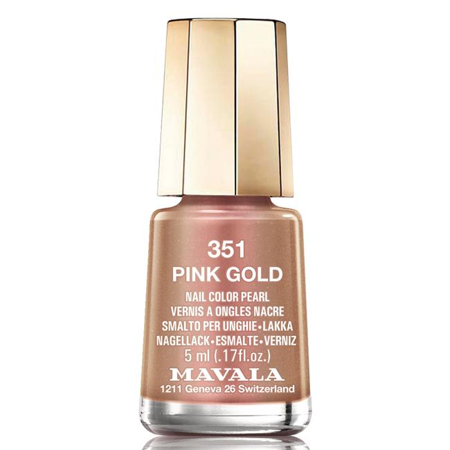 Mavala Лак для ногтей Розовое золото/Pink Gold , Тон 351, 5 мл08-1396Лаки для ногтей Mavala представлены классическими и ультрамодными оттенками. Они пропускают воздух даже через 3-4 слоя, давая возможность ногтям дышать. Специально разработанный состав лаков позволяет им оставаться свежими и насыщенными долгое время. Лаки не содержат толуол, формальдегид, камфору, дибутил фталат, канифоль и добавленный никель.