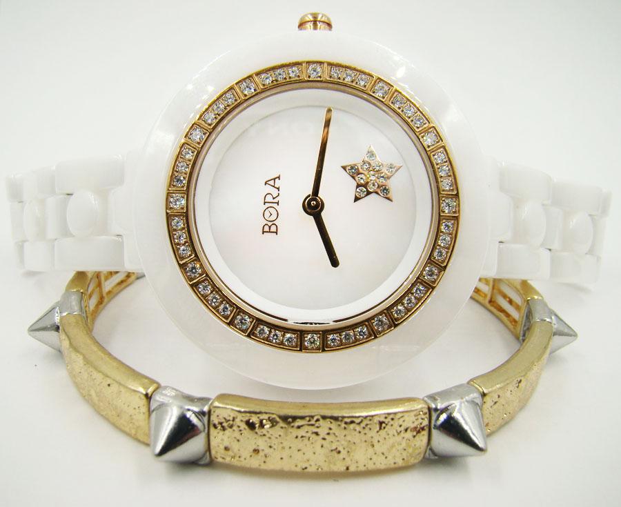 Керамические часы с браслетом TAYA T-B-6711-WATCH-WHITET-B-6711-WATCH-WHITEЧасы наручные электронно-механические кварцевые. Характеристики: часы аксессуарные, с механической индикацией. Часовой механизм Seiko Instruments (SII), Япония с питанием от сменного кварцевого элемента питания типа SR626SW. Часы: Крышка из нержавеющей стали; корпус: керамика; браслет: керамика, сталь. Стекло. Стразы. Браслет: Бижутерный сплав (не содержит свинец).