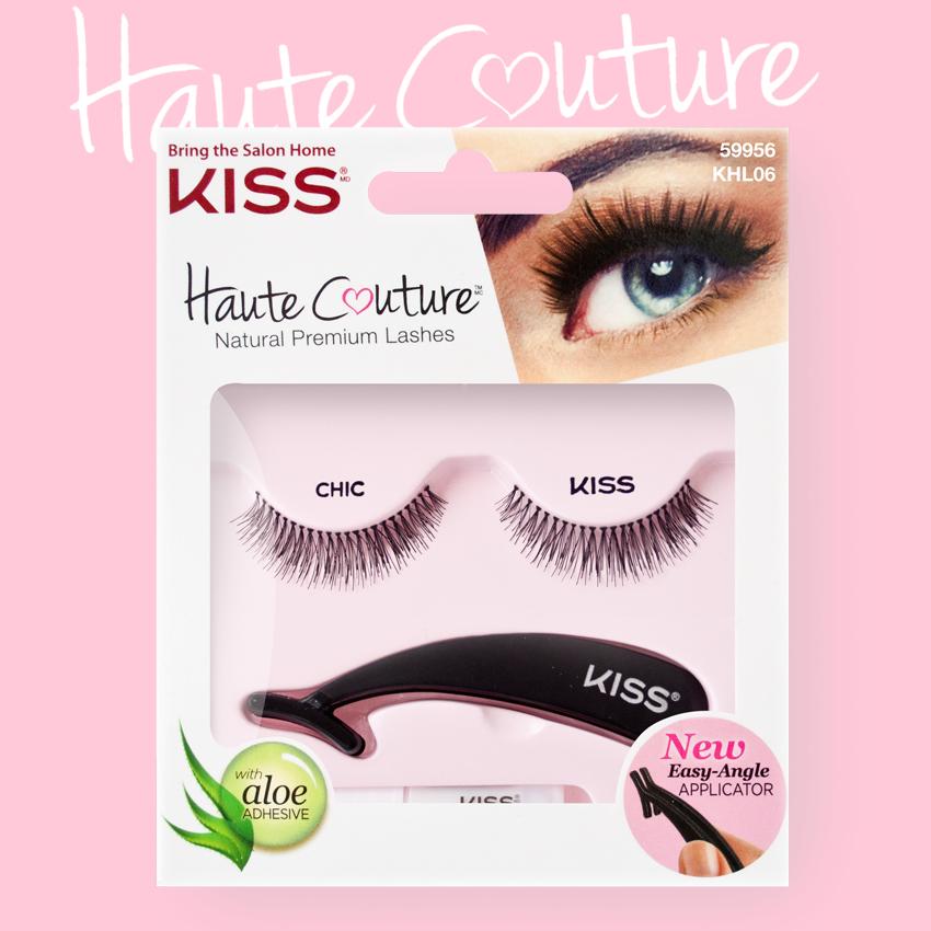 Kiss Haute Couture Накладные ресницы Single Lashes Chic KHL06GT12-016Накладные ресницы Kiss Haute Couture Chic (KHL06) - подходят для ежедневного использования и для вечернего образа. Увеличивают длину ресниц, делают их пушистыми и густыми. Изготовлены вручную из натурального волоса, отличаются великолепным качеством и мягкостью, комфортны для глаз. Изогнутая форма пинцета удобна для крепления ресниц. Клей с содержанием алоэ обеспечивает гипоаллергенность. Протестировано и одобрено дерматологами. Можно использовать несколько раз. Снятие ресниц не требует дополнительных средств: просто приложите ватный диск с теплой водой и снимите ресницы. Состав набора: пара накладных ресниц, пинцет, клей.