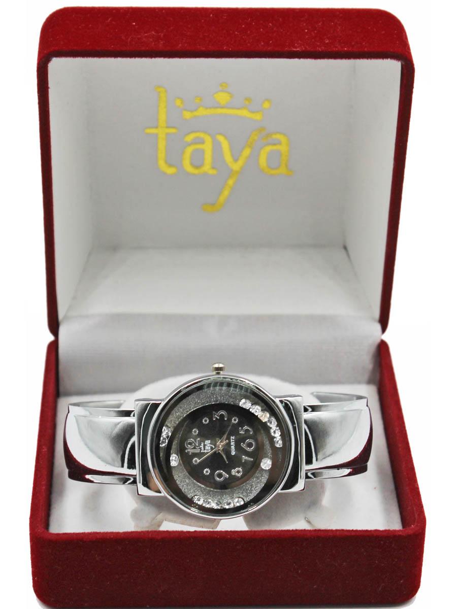Часы TAYA T-W-0412-WATCH-SL.BLACKT-W-0412-WATCH-SL.BLACKРаздвижной браслет с пружинным механизмом позволяет одеть часы на любую руку. Вокруг циферблата располагаются стразы, которые могут свободно перемещаться по ложбинкам. Часы наручные электронно-механические кварцевые, аксессуарные, с механической индикацией. Часовой механизм MORIOKA TOKEI inc., Сингапур с питанием от сменного кварцевого элемента питания типа LR626. Гипоаллергенный бижутерный сплав, корпус из нержавеющей стали, минеральное стекло, стразы