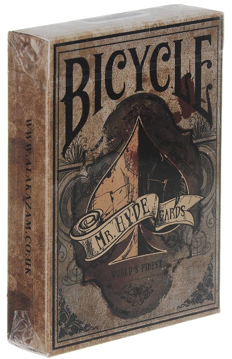 Карты игральные Bicycle Колода мистера Хайда, 55 картК-284Игральные карты Bicycle Колода мистера Хайда стандартного размера выполнены из многослойного картона с пластиковым покрытием и превосходно подойдут как для игры, так и для личной коллекции. Взяв вдохновение из романа Роберта Луи Стивенсона, образы доктора Джекилла и мистера Хайда, компания приносит две новых колоды. Так же, как и у героев романа, у каждой колоды собственная индивидуальность. Колода мистера Хайда выглядит более состаренной и пропитана темной атмосферой. Колода выпущена ограниченным тиражом.