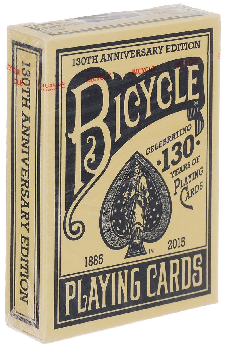 Карты игральные Bicycle. 130th Anniversary Edition, цвет: синий, 54 картыК-574Игральные карты Bicycle. 130th Anniversary Edition стандартного размера выполнены из многослойного картона с пластиковым покрытием и превосходно подойдут как для игры, так и для личной коллекции. Карты Bicycle. 130th Anniversary Edition - это переиздание колоды дизайна 1891 года, выпущенное в честь 130 годовщины бренда. Дизайн Колесо №1 был одним из самых первых рисунков, выпущенных на заводе в 1887 году. То есть в таком виде карты выпускались под брендом Bicycle. В таком виде они оставались до 1907 года, потом три колеса заменили на четыре, чтобы рисунок стал симметричным.
