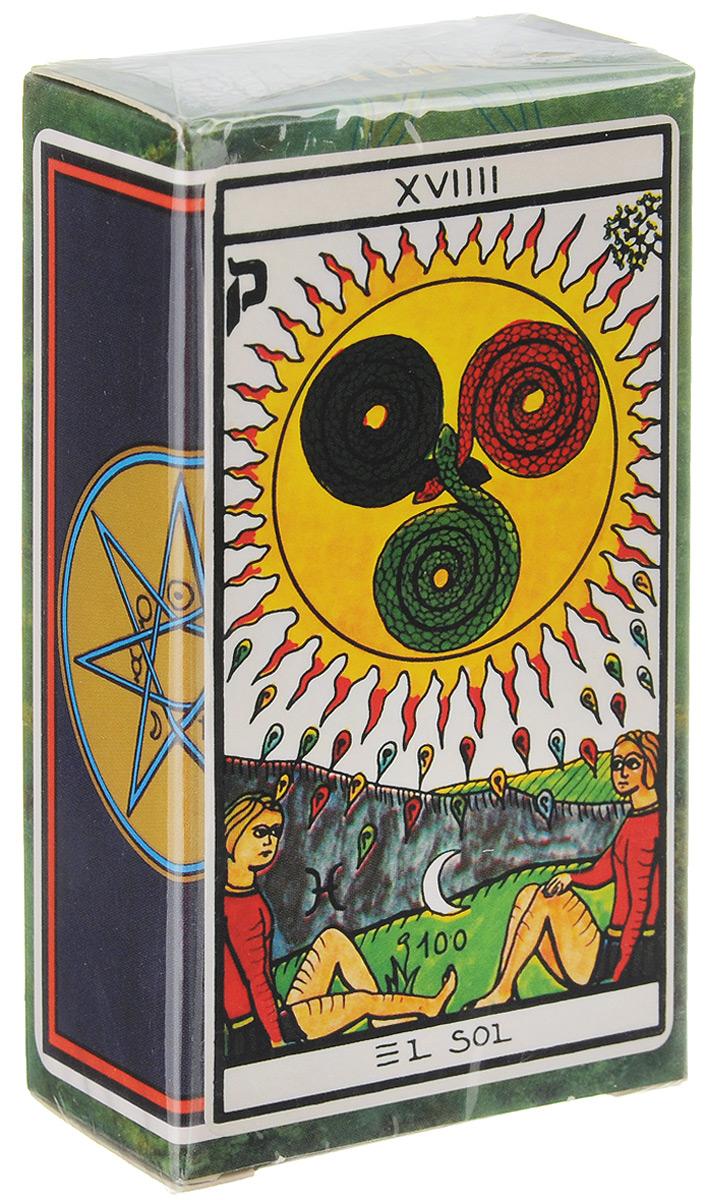 Карты Таро Fournier El Gran Tarot Esoterico, 78 картFOU10Карты Таро Fournier El Gran Tarot Esoterico — испанская колода в ярких цветах с нестандартными, но понятными изображениями, которая наверняка порадует поклонников марсельского Таро. Впервые она была издана в 1978 году. Вашему вниманию предлагается современное переиздание этого замечательного Таро. Автор данной колоды — Маритксу Гюллер, известна у себя на родине как добрая волшебница Уля, — выдающаяся личность в области эзотерики. В постсоветских странах ее практически не знают, и имя ее можно встретить лишь на упаковках Таро. Художник Луис Пена Лонга, придерживаясь марсельского стиля, использовал несколько цветов, но сумел при этом сформировать собственный узнаваемый стиль. Колода Fournier El Gran Tarot Esoterico, как и положено эзотерическому Таро, весьма загадочна. Старшие Арканы и карты Двора автор соотнес с астрологическими знаками и буквами иврита. Старшие Арканы пронумерованы римскими цифрами и подписаны на испанском языке. Младшие Арканы...