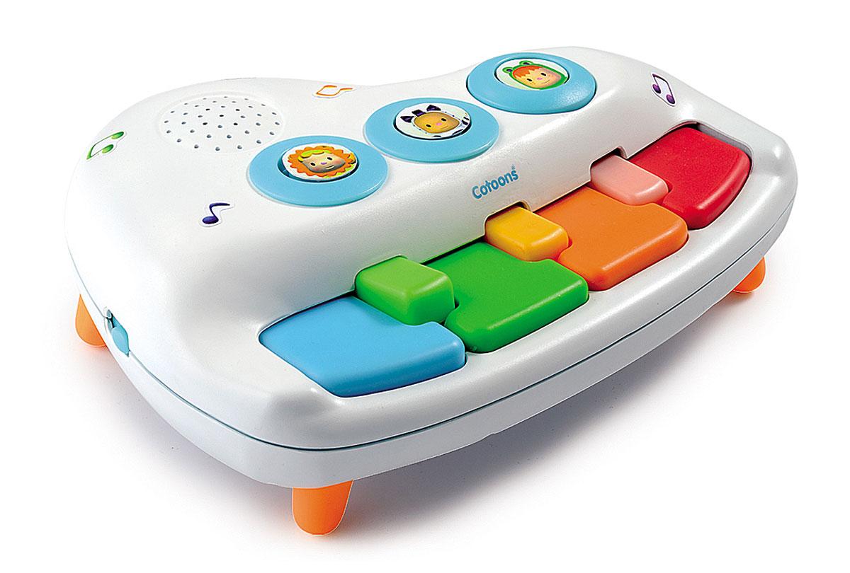 Smoby Пианино211173Музыкальная игрушка Пианино обязательно понравится малышу и доставит ему много удовольствия от часов, посвященных игре с ней. Яркое пианино состоит из семи разноцветных клавиш и трех кнопочек. В игрушке есть два режима работы: пианино и оркестр. К музыке можно добавить звуки музыкальных инструментов: гитары, барабана и ксилофона. Играть можно самостоятельно или наслаждаться сохраненными мелодиями. В игрушке запрограммировано шесть мелодий. Музыкальная игрушка Пианино способствует развитию звукового и цветового восприятия и воображения. Нажатие на кнопки развивает мелкую моторику рук, выпуклые детали способствуют развитию тактильных ощущений. Первое пианино для ваших малышей, обязательно порадует малютку красивыми звуками и мелодиями. Для работы требуются 3 батарейки типа АА (комплектуется демонстрационными).