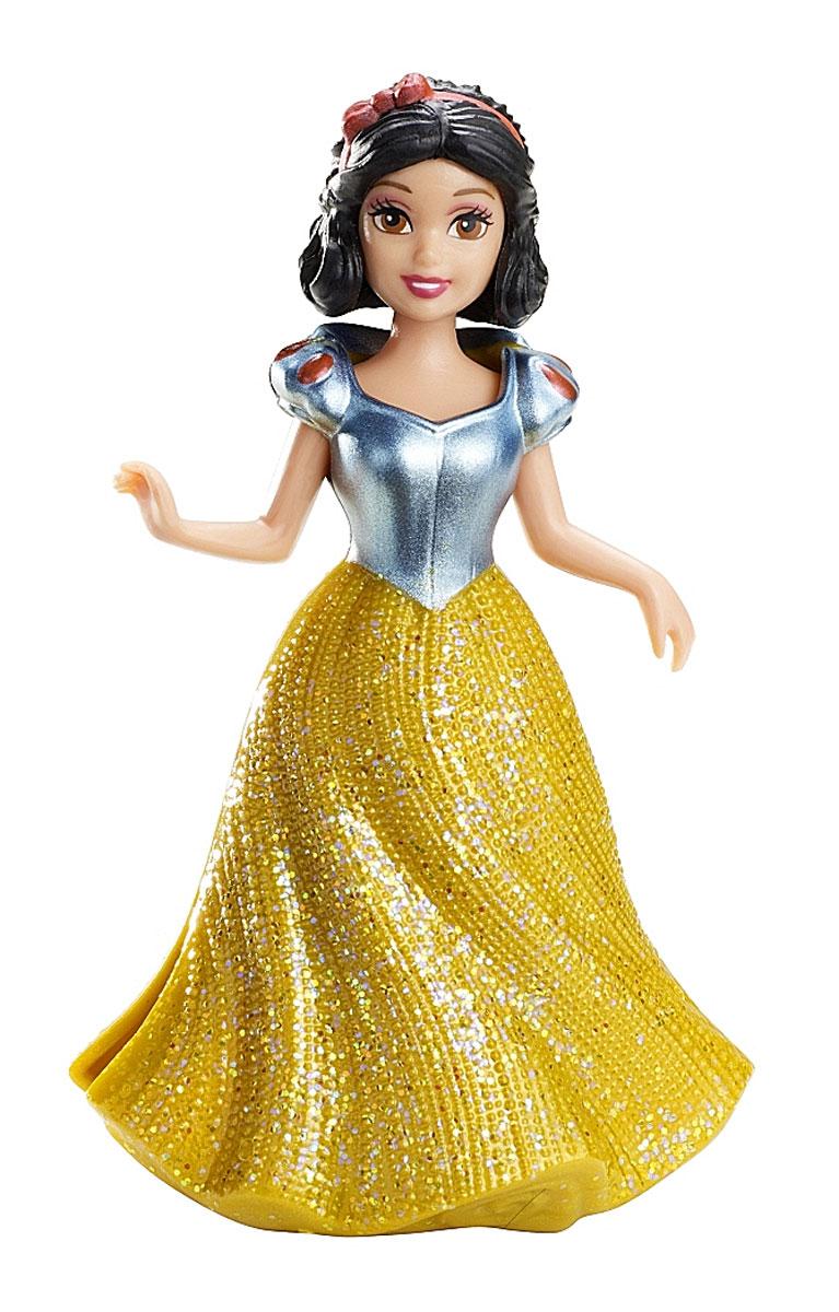 Disney Princess Мини-кукла БелоснежкаX9412(BDJ64/X9413/14/15/18/19)Мини-кукла Disney Princess Белоснежка непременно порадует вашу малышку и доставит ей много удовольствия от часов, посвященных игре с ней. Куколка выполнена в виде героини диснеевского мультсериала Белоснежка и семь гномов. Одета куколка в яркое платье, выполненное по специальной технологии MagiClip из мягкого пластика, благодаря которой оно легко снимается и одевается. Платье красиво переливается, благодаря искрящемуся напылению. Ручки, ножки и голова куколки подвижны. Ваша малышка с удовольствием будет играть с этой куколкой, проигрывая сюжеты из мультсериала или придумывая различные истории.