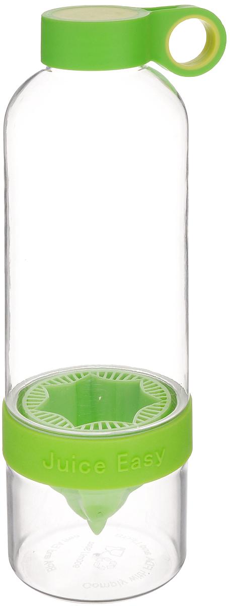 Соковыжималка для лимона Mayer & Boch, с бутылкой, 900 мл24878Соковыжималка Mayer & Boch, выполненная из высококачественного пищевого пластика и силикона, позволит вам быстро и просто приготовить вкусный прохладительный напиток, используя всего лишь цитрусовый фрукт и вашу фантазию! Изделие одновременно совмещает в себе возможности соковыжималки и шейкера. Оно представляет собой прозрачную бутылочку с цветной съемной насадкой для отжима. Специальное отверстие на крышке предназначено для удобной переноски. Нижняя часть бутылки съемная, благодаря чему вы всегда сможете быстро и легко добавлять в напиток лёд. Соковыжималка позволяет в любой момент, когда возникнет желание, витаминизировать воду. Подходит для отжима лимонов, апельсинов и других цитрусовых. Объем: 900 мл. Диаметр горлышка бутылки: 3,5 см. Высота соковыжималки: 25 см.