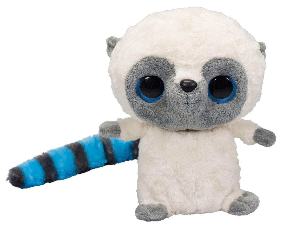 Simba Мягкая интерактивная игрушка YooHoo 25 см5950637Интерактивная игрушка YooHoo&Friends с пушистым полосатым хвостиком порадует любого ребенка! Это забавный мягкий лемур с большими добрыми глазками, который умеет здороваться, посылать поцелуи, махать ручками, качать головой и даже храпеть во сне. Зверек активно реагирует на любые манипуляции с ним, издает 50 различных звуков в ответ на громкий голос. YooHoo говорит приветствия и прощания в начале и конце игры. Он открывает и закрывает глазки, поворачивает голову в разные стороны. Игрушка реагирует на движения рядом и машет лапками вверх и вниз. Зверек реагирует на прикосновения (имеет две активные точки - животик и лоб). Почешите животик лемура и вы услышите легкое урчание. Если его уложить на ручки или на кроватку, начнет зевать и смешно сопеть. Скажите Юхо Привет и он ответит вам звонким смехом. В ответ на хлопки, лемур будет издавать разнообразные забавные звуки. Во время игры с лемуром у ребенка развивается фантазия и воображение, ребенок учится...