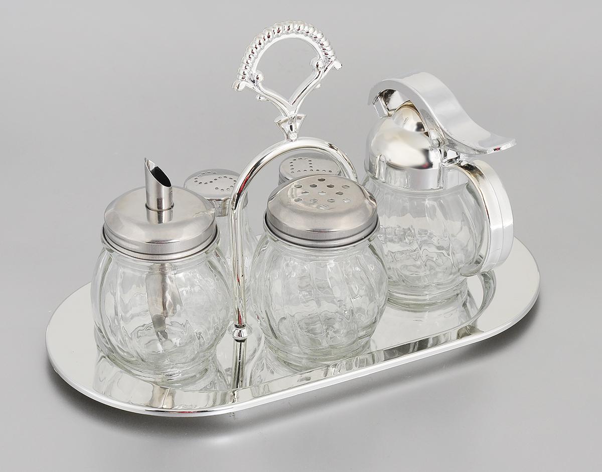 Набор для специй Mayer & Boch, 6 предметов. 2338623386Набор для специй Mayer & Boch состоит из солонки, перечницы, баночки для специй, сахарницы, сливочника и подставки. Емкости выполнены из высококачественного стекла с рельефной поверхностью. Крышки емкостей выполнены из нержавеющей стали и хромированного пластика. Для предметов набора предусмотрена подставка из хромированного пластика с ручкой. Набор для специй Mayer & Boch прекрасно оформит кухонный стол и станет незаменимым аксессуаром на любой кухне. Размер солонки/перечницы: 4,5 х 5 х 6,5 см. Размер сахарницы: 6 х 6 х 10,5 см. Размер баночки для специй: 6 х 6 х 8 см. Размер сливочника: 5,5 х 10 х 11,5 см. Размер подставки: 13,5 х 17 х 26 см.