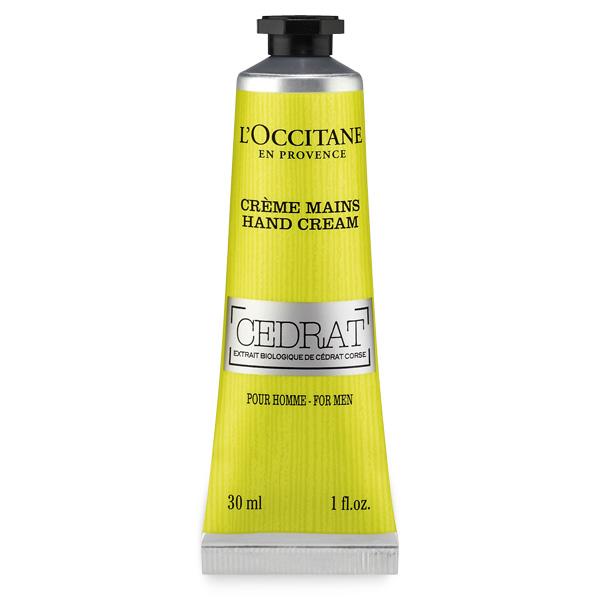 LOccitane Крем для рук Cedrat для мужчин, 30 мл430262Жара, холод, агрессивное воздействие окружающей среды… Все эти факторы неблагоприятно влияют на состояние кожи рук. Поэтому L'Occitane добавил в состав своего крема немного цитрона, чтобы обеспечить рукам увлажнение, питание и защиту.