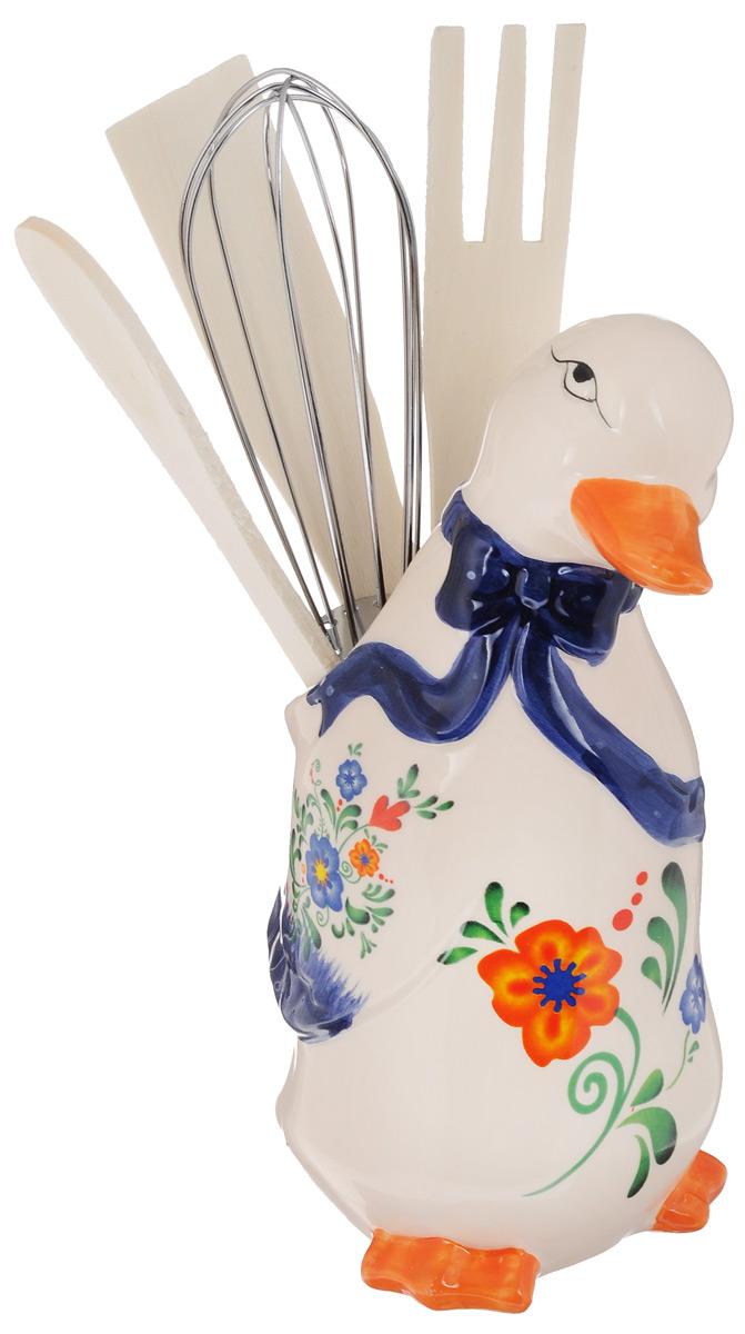 Набор кухонных принадлежностей Loraine Гуси, 5 предметов21579Набор кухонных принадлежностей Loraine Гуси состоит из ложки, лопатки, вилки, венчика и подставки. Ложка, вилка и лопатка выполнены из натурального дерева. Венчик выполнен из металла. Все изделия удобно располагаются на доломитовой подставке в виде гуся. Эксклюзивный дизайн, эстетичность и функциональность набора Loraine позволят ему занять достойное место среди кухонного инвентаря. Длина вилки, ложки, венчика, лопатки: 20,5 см. Размер подставки: 9 х 8 х 17 см.