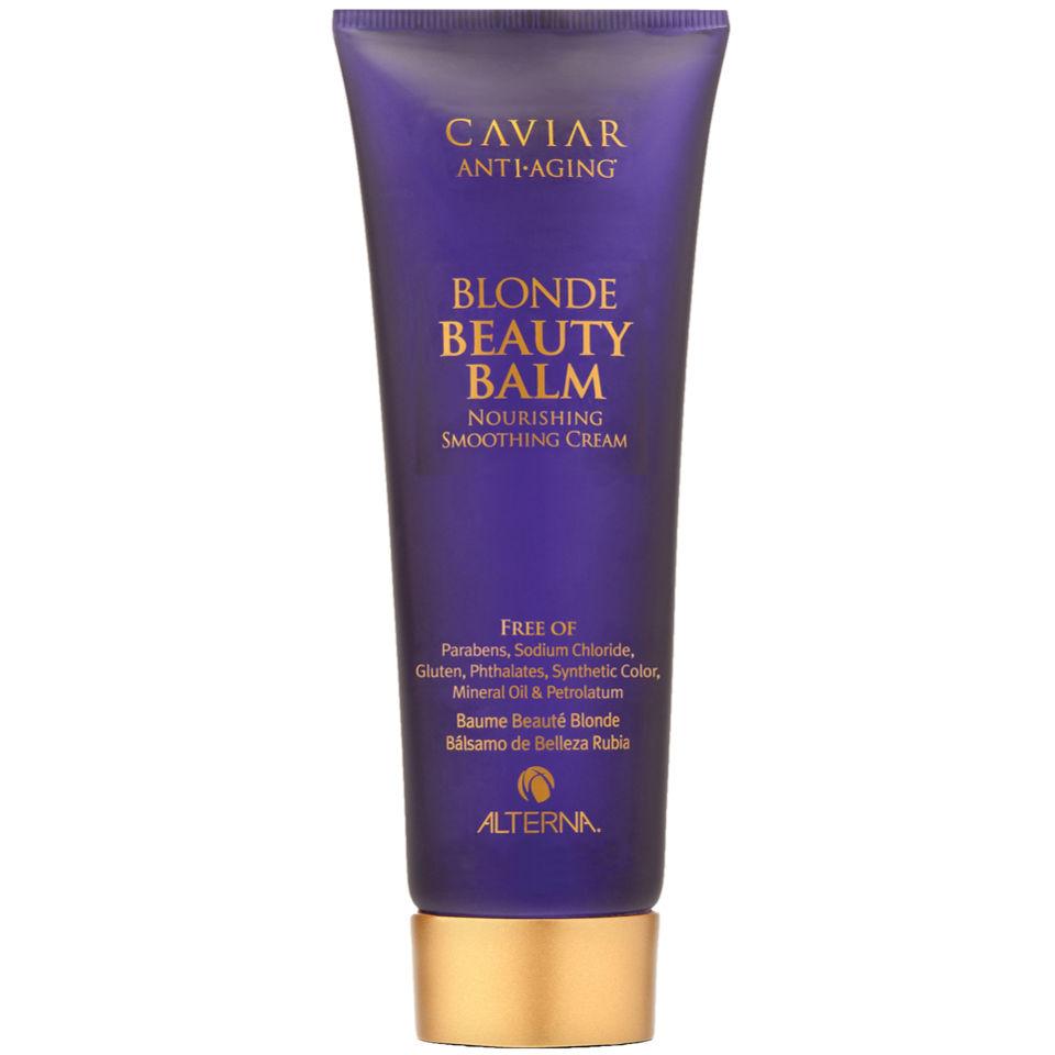 Alterna Крем красоты для светлых волос Caviar Anti-aging Blond Beauty Balm — 125 мл60187Caviar Anti-aging Blond Beauty Balm Крем красоты для светлых волос состоит из компонентов натурального происхождения. Это говорит о том, что средство подойдёт для любого типа волос и обеспечит бережный и эффективный уход. Часто окрашенные волосы теряют свой цвет, блеск уже спустя несколько дней после окрашивания. Основная причина этому пользование предметами горячей укладки. Крем обеспечивает защиту локонов от потери цвета, яркости и бархатистости. Помимо этого средство восстанавливает повреждённые, секущиеся локоны. Благодаря своей мягкой текстуре крем проникает вглубь каждого волоска и питает его изнутри. В составе средства есть экстракты лимона и ромашки. Они являются защитой. Их функция заключается в том, чтобы создать плёнку, которая способна защитить каждый волос от ультрафиолета или воздействия высоких температур. Экстракт чёрной икры способствует нормализации роста волос и улучшению структуры без утяжеления.