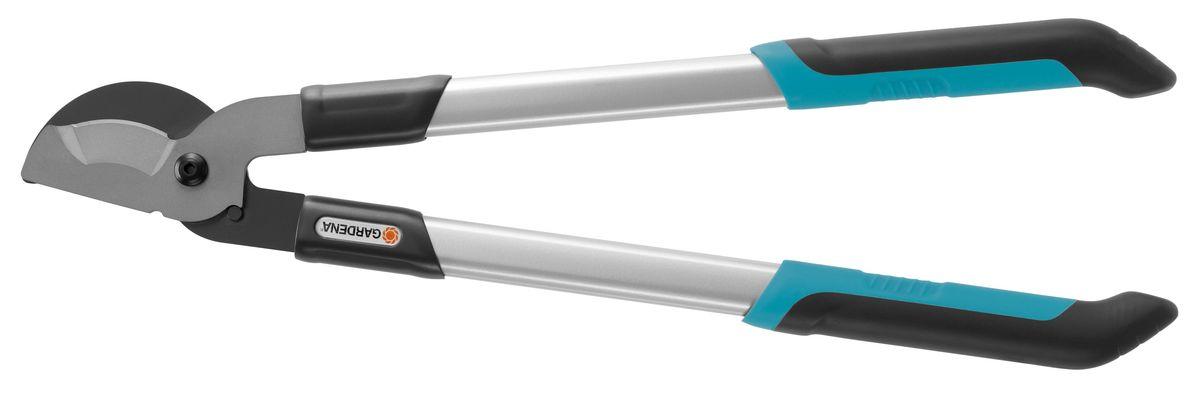 Сучкорез Gardena 480 B Classic08776-20.000.00Сучкорез Gardena 460 B Classic представляет собой классический сучкорез с ножом для обрезки молодых веток диаметром до 30 мм. Лезвия прецизионной заточки с покрытием от налипания и новая геометрия реза для оптимальной передачи усилия обеспечивают чистую и мягкую обрезку веток. Прочные алюминиевые ручки с каплевидным профилем и рукоятки с нескользящим покрытием гарантируют комфортную, и безопасную работу. Кроме того, новый большой амортизатор эффективно снижают нагрузку на запястья. Длина сучкореза - 48 см.