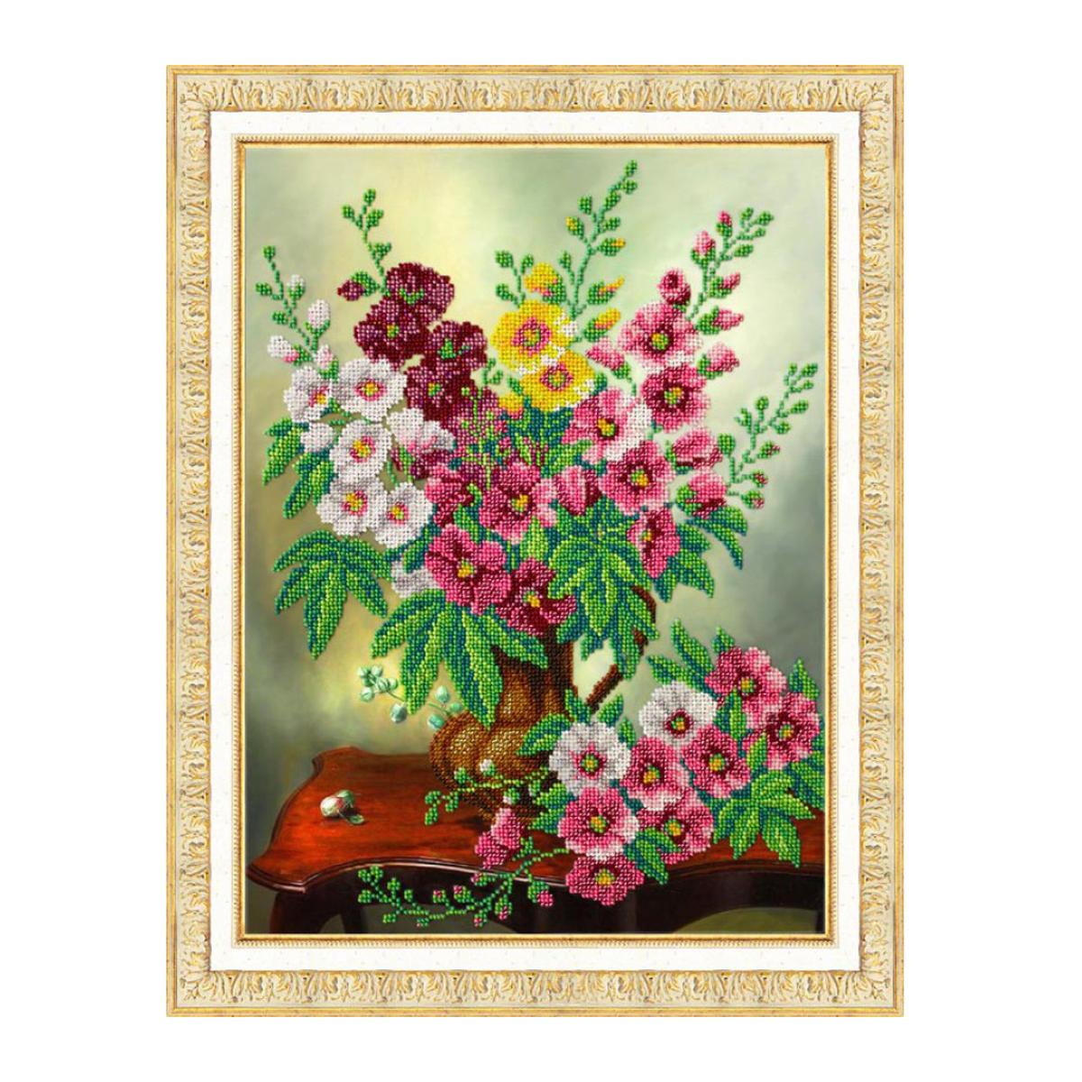 Набор для вышивания бисером Паутинка Мальвы, 28 см х 38 см. Б12407710794Состав набора: бисер Чехия - 19 цветов, льняная ткань с нанесенным рисунком, бисерная игла, подробная инструкция.