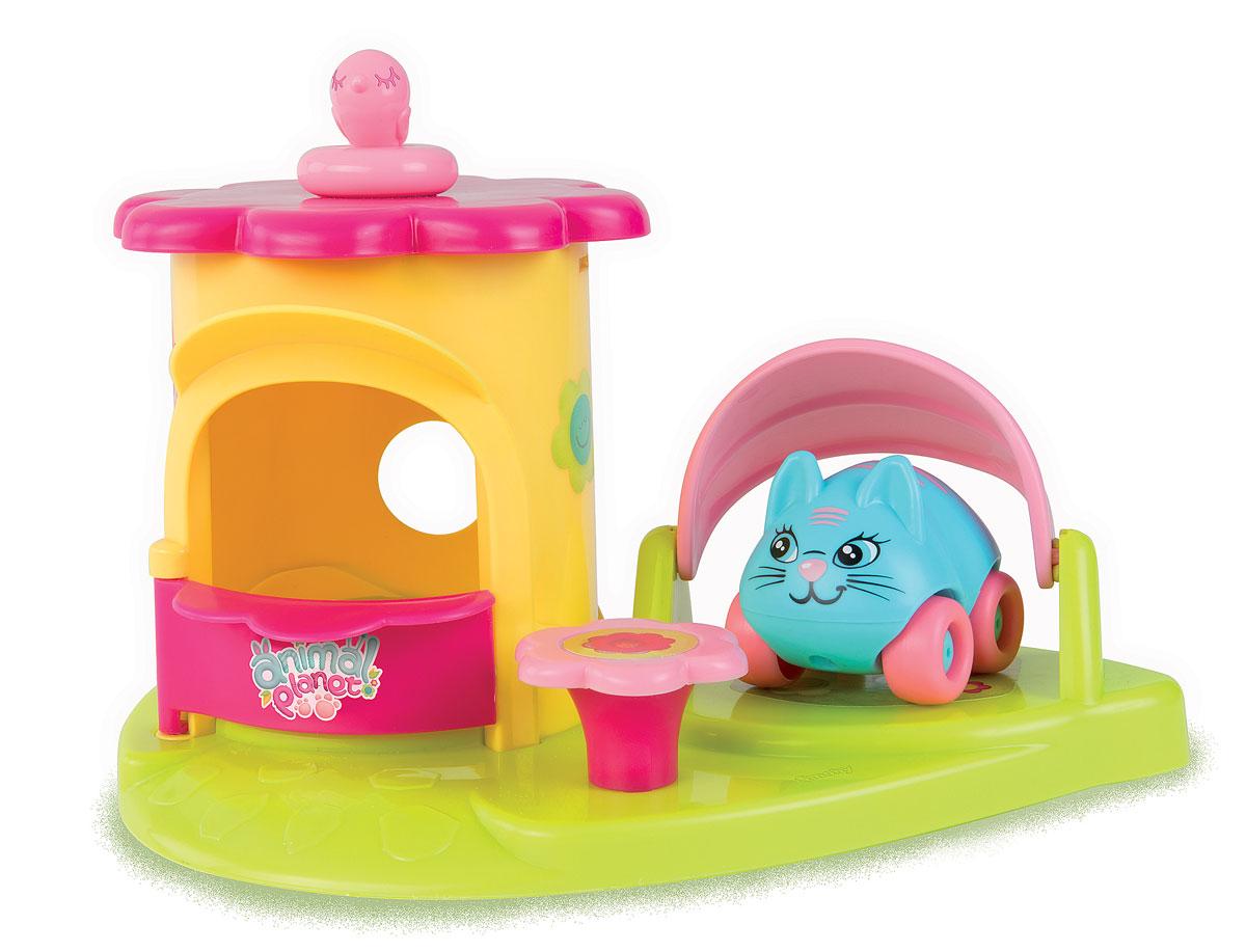 Smoby Игровой набор Animal Planet Кошечка211354Игровой набор Animal Planet Кошечка содержит машинку Animal Planet и замечательный домик для пикника с зонтиком и столиком. Зонтик может поворачиваться и укрывать машинку-кошечку тенью. Маленький розовый столик может поворачиваться вокруг своей оси. Окрашена игрушка в очень яркие цвета, что привлечет внимание малыша. Яркий набор понравится любому малышу, он с большим удовольствием начнёт придумывать разные игры с машинками и домиком. С такой игрушкой ваш ребенок не захочет разлучаться! Набор Animal Planet Кошечка развивает мелкую моторику, мышление, зрительное и звуковое восприятие, повышает двигательную активность малышей. Порадуйте вашего ребенка таким замечательным подарком! Рекомендуемый возраст: от 18 месяцев.