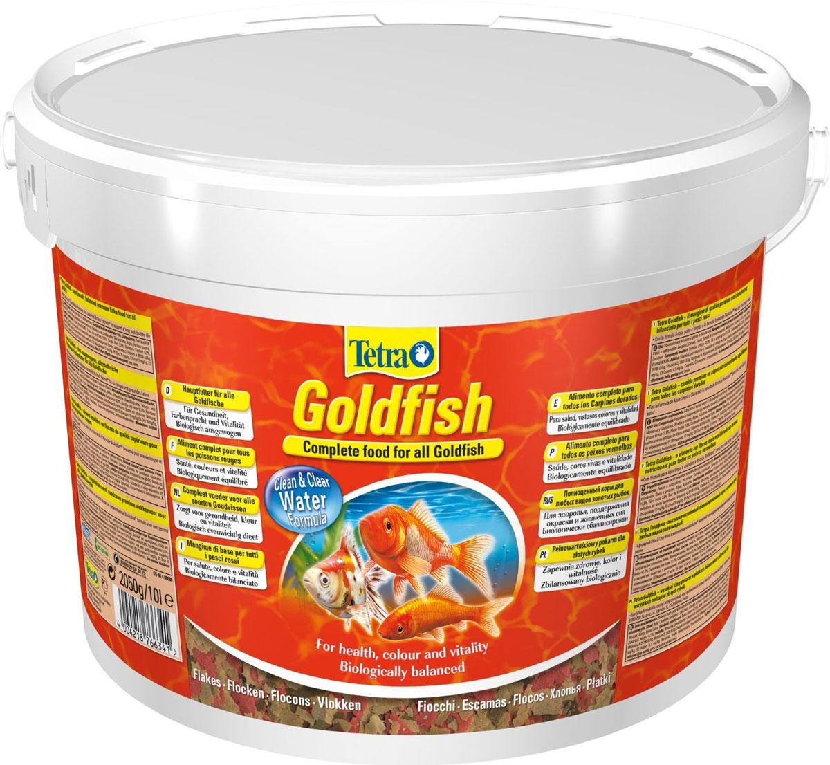 Корм для золотых рыбок Tetra Goldfish, хлопья, 10 л (2,05 кг)766341Корм Tetra Goldfish - это кормовая смесь для здорового, полноценного питания для всех видов золотых рыбок, а также других видов холодноводных рыб. Разнообразное питание, которое достигается за счет оптимально подобранного состава хлопьев содержит все необходимые питательные вещества и микроэлементы, что улучшает здоровье, жизненную силу и богатство красок рыб. Запатентованная BioActive формула и формула Clean & Clear Water обеспечивают высокую устойчивость к заболеваниям, придают энергию и жизнеспособность. Рекомендация по кормлению: Кормить несколько раз в день маленькими порциями. Состав: рыба и побочные рыбные продукты, зерновые культуры, дрожжи, экстракты растительного белка, моллюски и раки, масла и жиры, водоросли, сахар. Пищевая ценность: сырой белок - 42%, сырые масла и жиры - 11%, сырая клетчатка - 2%, влага - 6,5%. Добавки: витамины, провитамины и химические вещества с аналогичным воздействием, витамин А 29100...