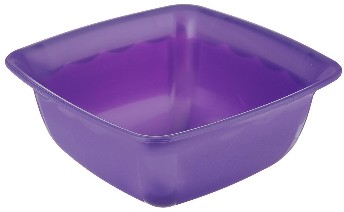 Миска Dunya Plastik, квадратная, цвет: фиолетовый, 1,7 л10173_фиолетовыйМиска Dunya Plastik изготовлена из пищевого пластика квадратной формы. Внешние стенки миски матовые, внутренние глянцевые. Изделие очень функциональное, оно пригодится на кухне для самых разнообразных нужд: в качестве салатника, миски, тарелки. Можно мыть в посудомоечной машине. Размер миски (по верхнему краю): 19,5 х 19,5 см.