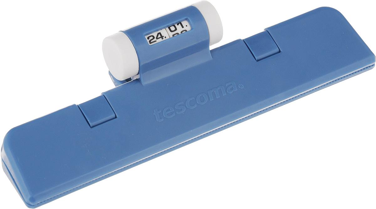 Клипса для пакетов Tescoma 4Food, с механическим индикатором, цвет: синий, длина 15 см897422_синийКлипса Tescoma 4Food, выполненная из пластика, отлично подходит для закрывания пакетов. Изделие оснащено механическим индикатором, благодаря которому вы можете установить дату (день и месяц) и всегда быть уверенным в сроке годности продуктов. Клипса Tescoma 4Food надолго сохранит вкус и свежесть продуктов. Можно использовать в холодильнике. Нельзя мыть в посудомоечной машине. Длина рабочей поверхности: 15 см.