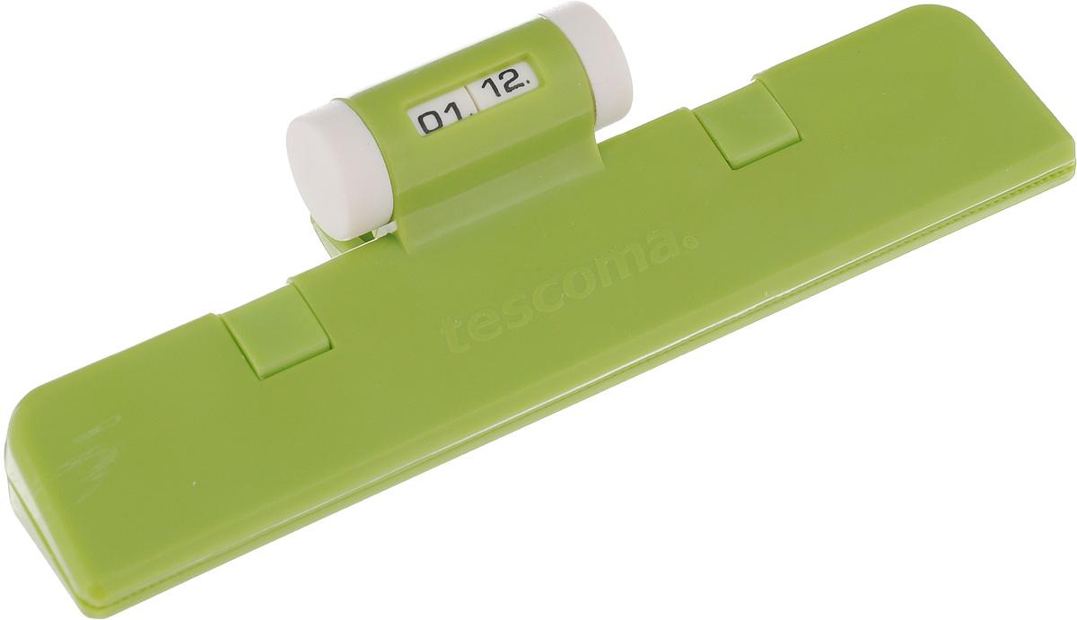 Клипса для пакетов Tescoma 4Food, с механическим индикатором, цвет: салатовый, длина 15 см897422_салатовыйКлипса Tescoma 4Food, выполненная из пластика, отлично подходит для закрывания пакетов. Изделие оснащено механическим индикатором, благодаря которому вы можете установить дату (день и месяц) и всегда быть уверенным в сроке годности продуктов. Клипса Tescoma 4Food надолго сохранит вкус и свежесть продуктов. Можно использовать в холодильнике. Нельзя мыть в посудомоечной машине. Длина рабочей поверхности: 15 см.