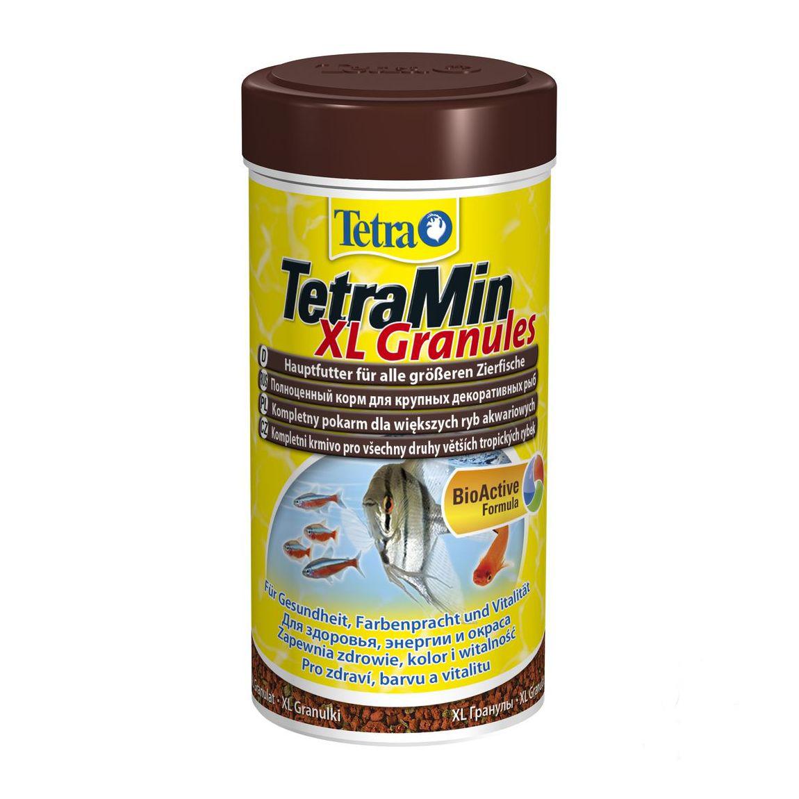 Корм Tetra TetraMin. XL Granules для крупных декоративных рыб, гранулы, 250 мл (82 г)189638Корм Tetra TetraMin. XL Granules - биологически сбалансированный корм в виде гранул. Предназначен для всех видов крупных декоративных рыб. Тщательно подобранная смесь высокопитательных ингредиентов c витаминами, минералами и микроэлементами для ежедневного полноценного питания. Медленно погружающиеся гранулы круглой формы быстро размягчаются в воде, идеально подходят для любых видов больших рыб, питающихся в средних слоях воды. Запатентованная БиоАктив-формула поддерживает работоспособность иммунной системы, обеспечивая высокую продолжительность жизни. Состав: рыба и побочные рыбные продукты, зерновые культуры, дрожжи, экстракты растительного белка, моллюски и раки, водоросли, масла и жиры, минеральные вещества. Аналитические компоненты: сырой белок 48%, сырые масла и жиры 7%, сырая клетчатка 2%, влага 8%. Добавки: витамины, провитамины и химические вещества с аналогичным воздействием: витамин A 29730 МЕ/кг, витамин Д3 1860 МЕ/кг....