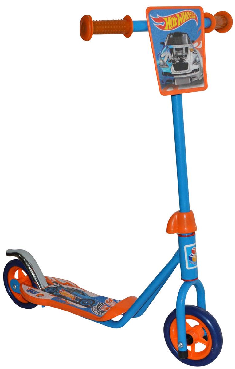 1TOY Самокат двухколесный Hot Wheels цвет оранжевый голубойТ57569Самокат двухколесный c популярной лицензией HOT WHEELS, с передним щитком и тормозом