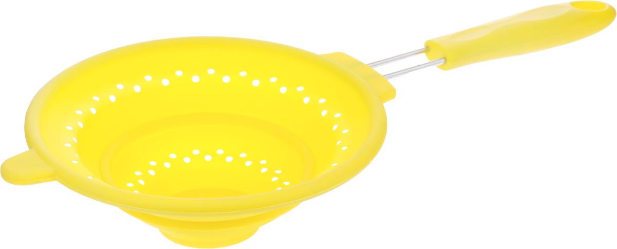 Дуршлаг Mayer & Boch, силиконовый, складной, цвет: желтый, диаметр 20 см4434-4Дуршлаг Mayer & Boch изготовлен из качественного пищевого силикона и оснащен металлической ручкой. Благодаря гибкости материала, дуршлаг удобно складывается и занимает минимум места при хранении. В таком дуршлаге удобно промывать ягоды, фрукты, овощи, а также процеживать макароны. Дуршлаг является необходимым аксессуаром для каждой кухни. Он станет полезным и практичным приобретением. Диаметр дуршлага: 20 см. Ширина дуршлага (с учетом ручки): 41 см. Длина ручки: 18 см. Максимальная высота стенки: 7,5 см. Минимальная высота стенки: 2 см.