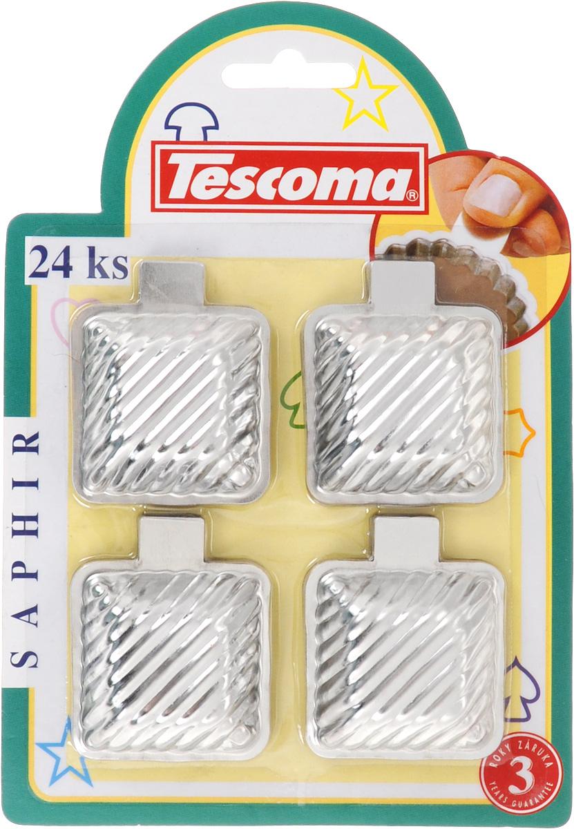 Набор формочек для выпечки Tescoma Квадрат, 24 шт629856Набор Tescoma Квадрат состоит из 24 квадратных формочек, выполненных из высококачественной нержавеющей стали. Формочки предназначены для приготовления печенья, десертов. Снабжены практичным ушком для удобного обращения. Размер формочки: 4,5 х 6 х 1,5 см. Внутренний размер формочки: 4 х 4 см.