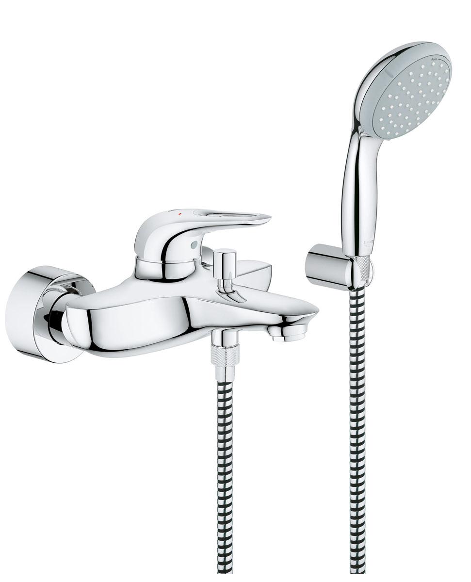 Смеситель для ванны GROHE Eurostyle new с душевым набором (33592003)33592003настенный монтаж металлический рычаг GROHE SilkMove® керамический картридж 35 мм с ограничителем температуры регулировка расхода воды GROHE StarLight® хромированная поверхность автоматический переключатель: ванна/душ аэратор скрытые S-образные эксцентрики отражатели из металла включает в себя: настенный держатель ручного душа (28 605 000) душевой шланг Relexaflex 1500 мм 1/2 x 1/2 (28 151 000) с защитой от обратного потока