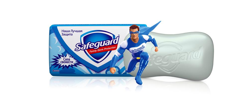 Safeguard Антибактериальное мыло Свежее, 90 гSG-81540426Мыло Safeguard на 100% рекомендовано специалистами по всему миру! Антибактериальное мыло Safeguard Свежее теперь с супергероем на пачке, чтобы ваш малыш мыл руки весело и с удовольствием! Присоединяйтесь к Командору Safeguard в его борьбе с бактериями! Антибактериальное мыло Safeguard Свежее уничтожает до 99,9% всех известных болезнетворных бактерий и ухаживает за кожей рук • поверхностно активные вещества эффективно удаляют все виды микробов в момент смывания • антибактериальный комплекс обеспечивает защиту от самых опасных граммоположительных бактерии (Стрептококк, Стафилококк) до 12 часов после смывания • смягчающие компоненты оказывают успокаивающее воздействие на кожу рук, и ваши руки сияют здоровьем Это мыло - просто находка! Отличная защита от микробов, не вызывает раздражения, пользуемся всей семьей