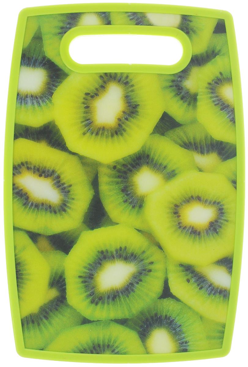 Доска разделочная Mayer & Boch Киви, 30 х 20 см24159-5_кивиРазделочная доска Mayer & Boch Киви отлично подходит для приготовления и измельчения пищи, а также для сервировки стола. Доска двухсторонняя. Одна сторона выполнена из бамбука, а другая сторона имеет антибактериальное пластиковое покрытие с красочным рисунком. Доска идеальна для резки керамическим ножом. Снабжена ручкой для комфортного использования.