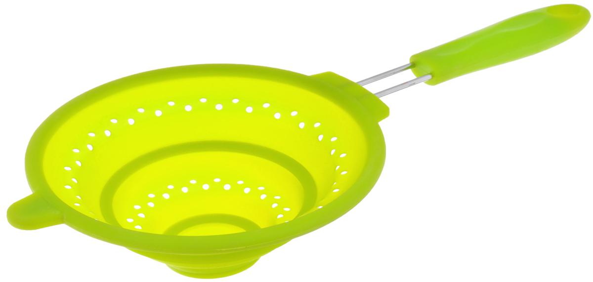 Дуршлаг Mayer & Boch, силиконовый, складной, цвет: зеленый, диаметр 20 см4434-2Дуршлаг Mayer & Boch изготовлен из качественного пищевого силикона и оснащен металлической ручкой. Благодаря гибкости материала, дуршлаг удобно складывается и занимает минимум места при хранении. В таком дуршлаге удобно промывать ягоды, фрукты, овощи, а также процеживать макароны. Дуршлаг является необходимым аксессуаром для каждой кухни. Он станет полезным и практичным приобретением. Диаметр дуршлага: 20 см. Длина (с учетом ручки): 40 см. Максимальная высота стенки: 7 см. Минимальная высота стенки: 1,5 см.