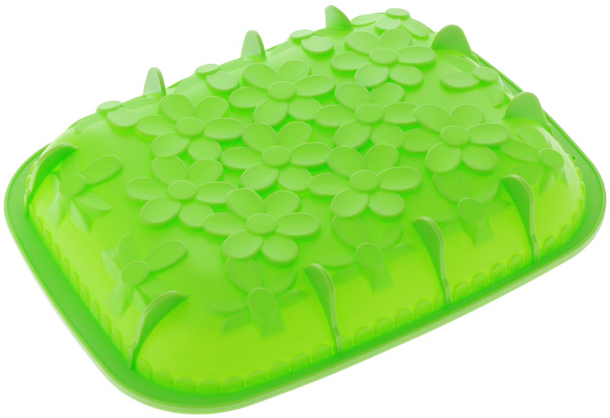 Форма для выпечки Mayer & Boch, силиконовая, цвет: салатовый, 25,5 х 31 х 4,5 см24622_салатовыйФорма для выпечки Mayer & Boch изготовлена из высококачественного силикона. Дно изделия декорировано цветами и имеет силиконовые ножки. Стенки формы легко гнутся, что позволяет легко достать готовую выпечку и сохранить аккуратный внешний вид блюда. Силикон - материал, который выдерживает температуру от -40°С до +230°С. Изделия из силикона очень удобны в использовании: пища в них не пригорает и не прилипает к стенкам, форма легко моется. Приготовленное блюдо можно очень просто вытащить, просто перевернув форму, при этом внешний вид блюда не нарушится. Изделие обладает эластичными свойствами: складывается без изломов, восстанавливает свою первоначальную форму. Порадуйте своих родных и близких любимой выпечкой в необычном исполнении. Подходит для приготовления в микроволновой печи и духовом шкафу при нагревании до +230°С; для замораживания до -40°. Внутренний размер формы: 23,5 х 29,5 х 4 см.