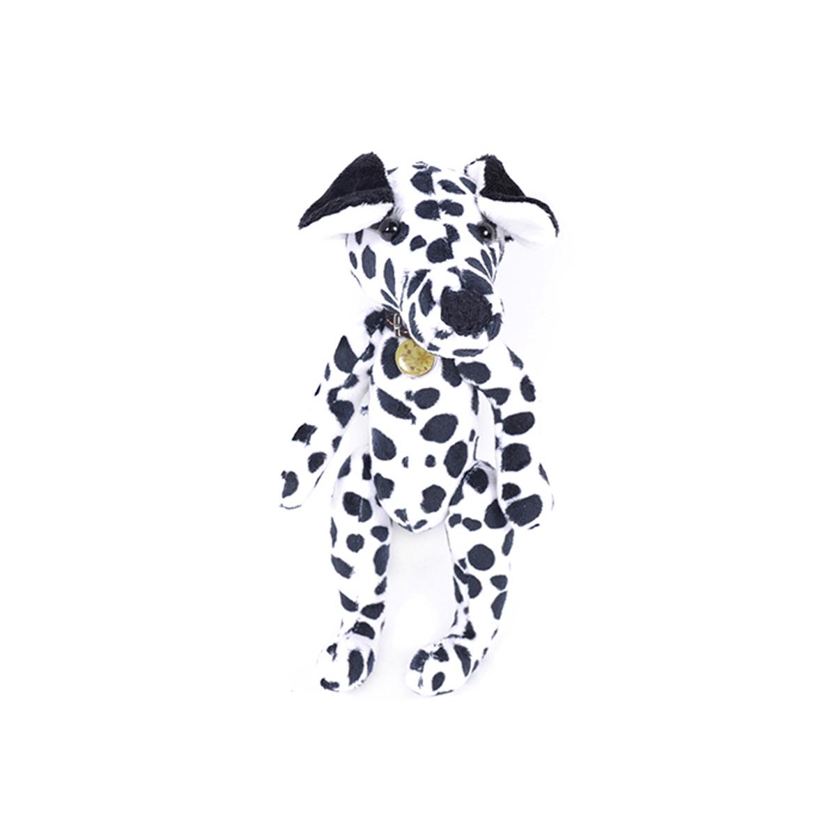 Набор для шитья игрушек Мехомания Любознательный далматинец, 25 см. ММ-018484789Набор Мехомания содержит необходимые материалы для изготовления игрушки из меха: - материалы для шитья: мех, подвижные крепления, глазки, ресницы, шерсть для вышивки носа. Ткань, подвеска или кружево для аксессуара. - выкройка и раскладка. - подробный мастер-класс с пошаговой инструкцией по шитью игрушки. - выкройка и мастер-класс для аксессуаров. Дополнительно потребуется: наполнитель, нитки, иголка.