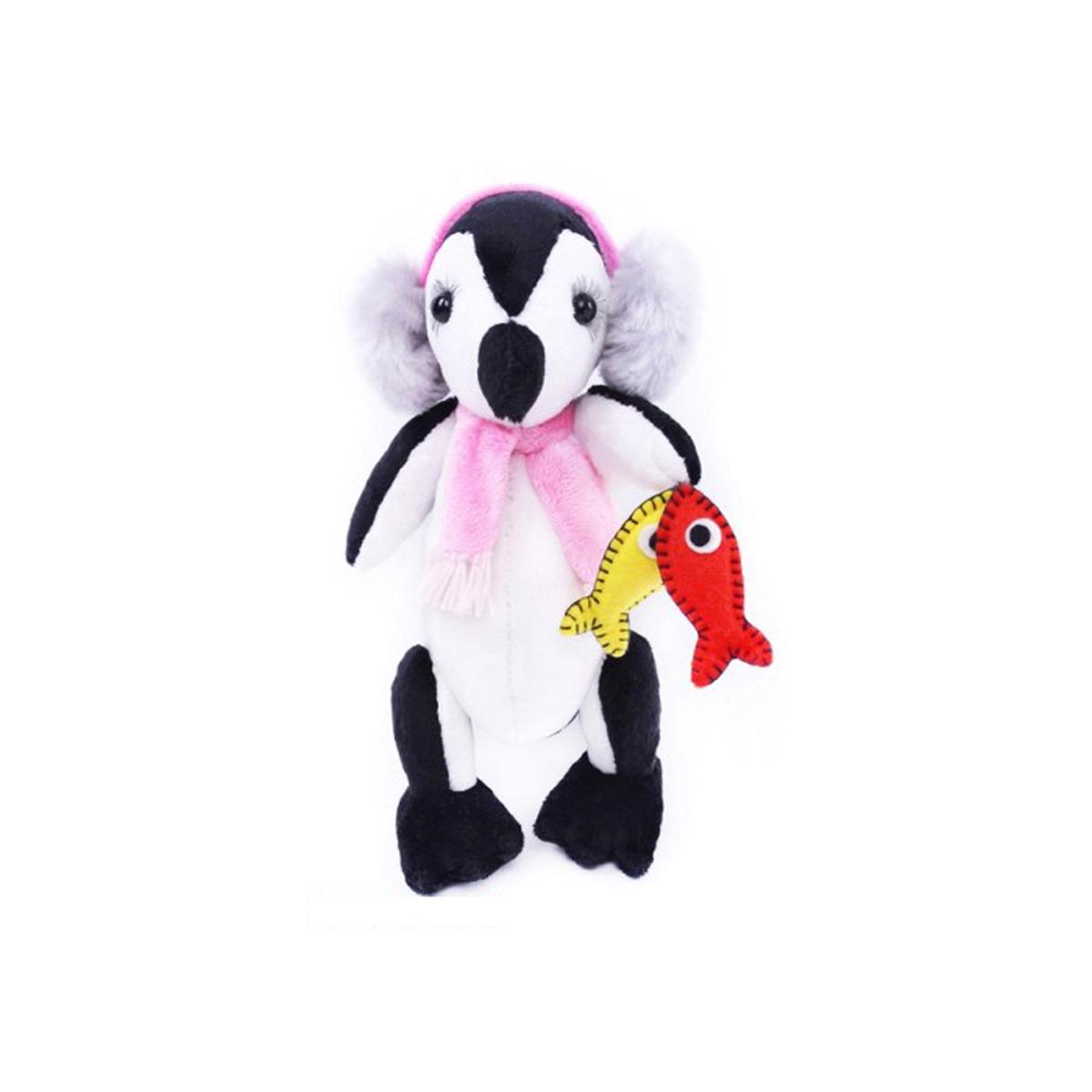 Набор для шитья игрушек Мехомания Пингвин-рыболов, 25 см. ММ-021582453Набор Мехомания содержит необходимые материалы для изготовления игрушки из меха: - материалы для шитья: мех, подвижные крепления, глазки, ресницы, шерсть для вышивки носа. Ткань, подвеска или кружево для аксессуара. - выкройка и раскладка. - подробный мастер-класс с пошаговой инструкцией по шитью игрушки. - выкройка и мастер-класс для аксессуаров. Дополнительно потребуется: наполнитель, нитки, иголка.
