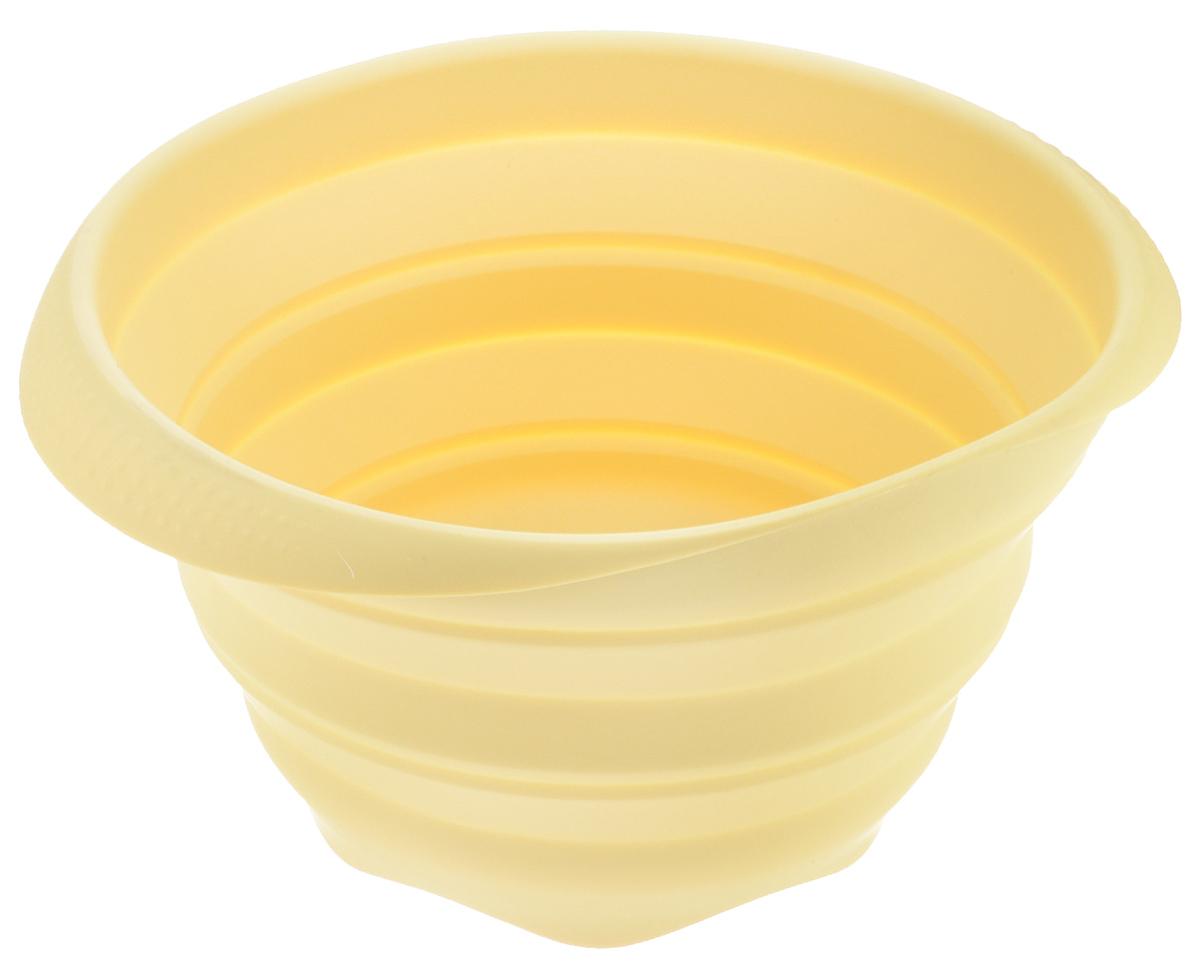 Миска Tescoma Fusion, силиконовая, цвет: желтый, диаметр 24 см638414Складная миска Tescoma Fusion, изготовленная из первоклассного жароупорного силикона, станет полезным приобретением для вашей кухни. Изделие отлично складывается, можно быстро разложить и сложить, легко моется. Обладает термостойкостью от - 40°C до + 230°C. Миска пригодна для всех видов духовок, микроволновой печи и холодильника. Можно мыть в посудомоечной машине. Диаметр миски: 24 см. Ширина миски (с учетом ручек): 27 см. Высота миски (в разложенном виде): 14 см. Высота миски (в сложенном виде): 4,5 см.