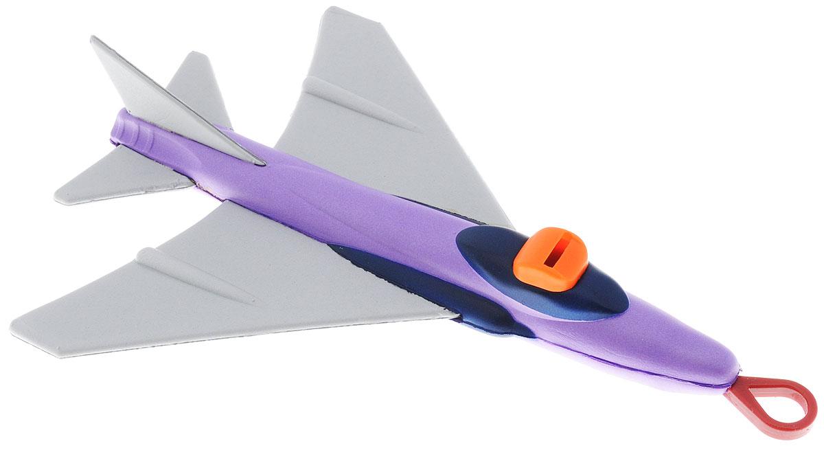 Simba Летающий самолет цвет фиолетовый серый7200061_фиолетовый, серыйЛетающий самолет Simba - прекрасная игрушка для игры на свежем воздухе. Яркий самолетик можно запустить в небо посредством специальной резинки, которая находится у него спереди. Всем известный принцип рогатки позволит игрушки взлететь по-настоящему высоко, чем вызовет радость и восторг у ребенка. Самолет позволит ребенку весело и активно провести время вне дома. Изделие выполнено из прочного и безопасного для ребенка материала.
