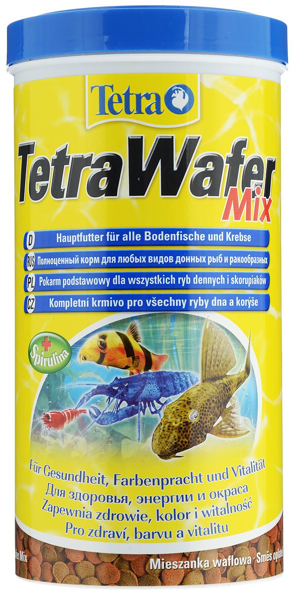 Корм Tetra TetraWafer Mix для всех видов донных рыб и ракообразных, пластинки, 1000 мл (480 г)204256Корм Tetra TetraWafer Mix - это высококачественная смесь основного корма и креветок для кормления травоядных, хищных и донных рыб. Идеально подходит для кормления ракообразных (креветок, крабов, раков), сомовых и других придонных обитателей. Для травоядных донных рыб в аквариуме идеально подходят зеленые пластинки из водорослей спирулины, а коричневые - идеальны для хищников. Корм не мутит и не загрязняет воду благодаря плотному составу. Форма пластинок соответствует свойствам природного корма, позволяет кормить рыб разных размеров. Множество отборных высококачественных компонентов, витаминов, минералов и аминокислот обеспечивают питательными и энергетическими потребностями даже наиболее требовательных видов аквариумных рыб. Рекомендации оп кормлению: кормить несколько раз в день маленькими порциями. Состав: рыба и побочные рыбные продукты, экстракты растительного белка, зерновые культуры, растительные продукты, моллюски и раки, дрожжи, водоросли...