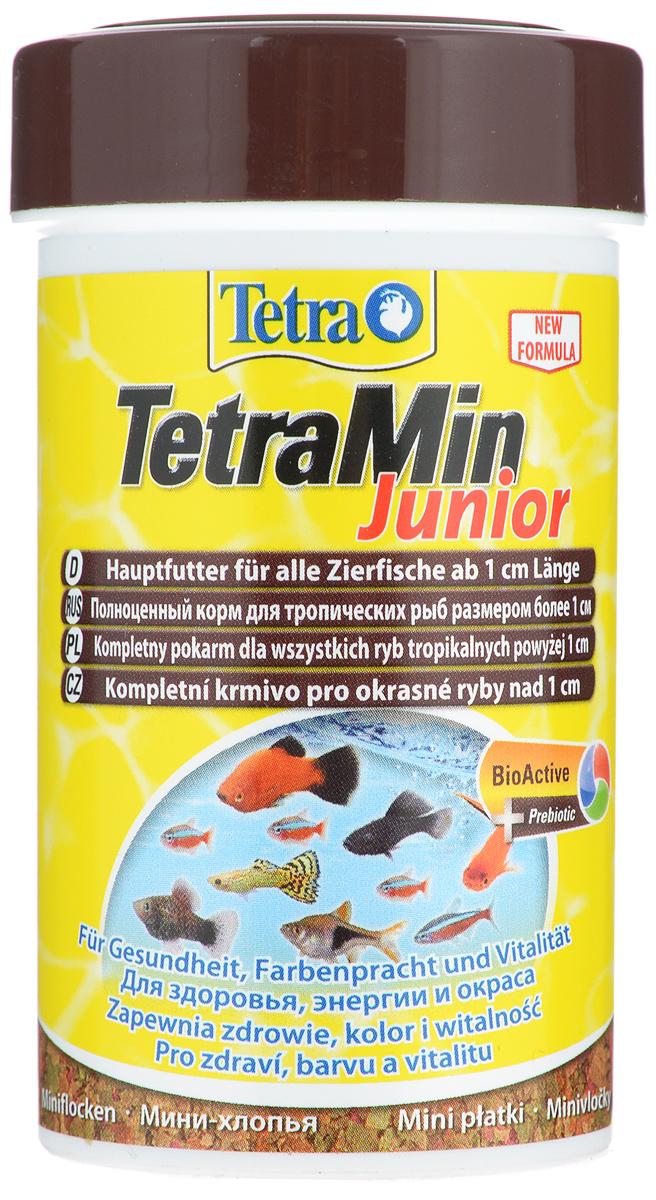 Корм для молоди рыб Tetra TetraMin Junior, мини-хлопья, 100 мл (30 г)139770Корм Tetra TetraMin Junior - специальный основной корм в форме мини-хлопьев для молодых декоративных рыб более 1 см в длину. Корм богат протеинами для здорового сбалансированного роста, оптимально соответствует требованиям к кормлению молодых рыб, предотвращает развитие проблем, связанных с неполноценным питанием. Запатентованная БиоАктив-формула поддерживает работоспособность иммунной системы, обеспечивая высокую продолжительность жизни. Содержит пребиотики для улучшенного функционирования организма и усвоения питательных веществ. Корм также можно использовать как основной корм для рыб мелких видов, например, неонов. Состав: рыба и побочные рыбные продукты, зерновые культуры, дрожжи, экстракты растительного белка, моллюски и раки, водоросли, масла и жиры, сахар (олигофруктоза 1%), минеральные вещества. Аналитические компоненты: сырой белок 46%, сырые масла и жиры 11%, сырая клетчатка 2%, влага 6%. Добавки: витамины, провитамины и химические...