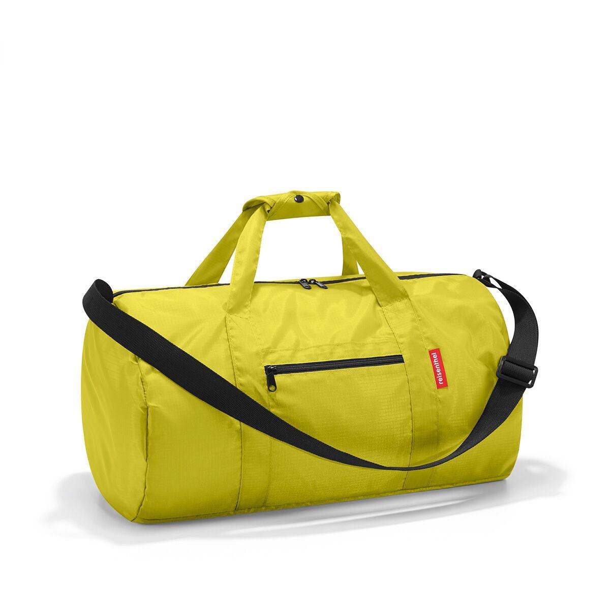 Сумка спортивная жен. Reisenthel, цвет: зеленый. AM5001AM5001Универсальная сумка-трансформер серии Mini Maxi, предназначенная для путешествий и спорта. - для хранения компактно складывается в собственный внутренний карман; - вместительное основное отделение на молнии; - экономит место при хранении и перевозке в сложенном состоянии; - регулируемый наплечный ремень; - ручки для переноски, регулируемые при помощи специальных застежек; - два внешних кармана на молнии; - материал: высококачественный водостойкий полиэстер; - объем – 20 литров.