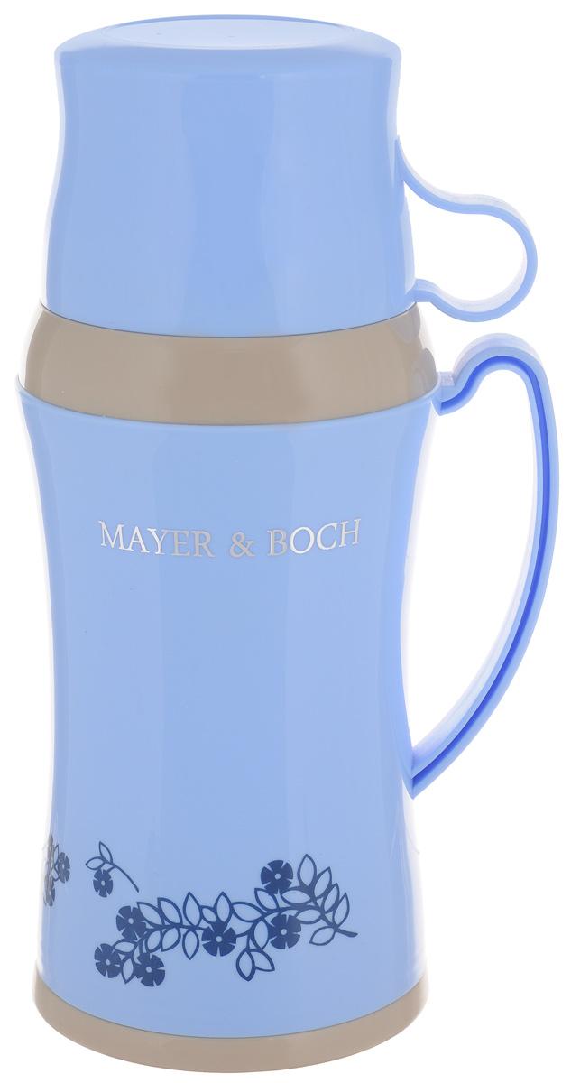 Термос Mayer & Boch, с двумя чашками, цвет: голубой, 600 мл22599_голубойТермос Mayer & Boch со стеклянной колбой в пластиковом корпусе является одним из востребованных в России. Его температурная характеристика ни в чем не уступает термосам со стальными колбами, но благодаря свойствам стекла этот термос может быть использован для заваривания напитков с устойчивыми ароматами. В комплекте с термосом - две чашки разных размеров. Завинчивающаяся герметичная крышка предохранит от проливаний. Этот термос станет не только надежным другом в походе, но и отличным украшением вашей кухни. Высота термоса (без учета крышки): 24,5 см. Диаметр основания: 10,5 см. Диаметр большой чашки: 9,5 см. Ширина с учетом ручки: 12 см. Диаметр маленькой чашки: 8,5 см. Высота маленькой чашки: 5 см.